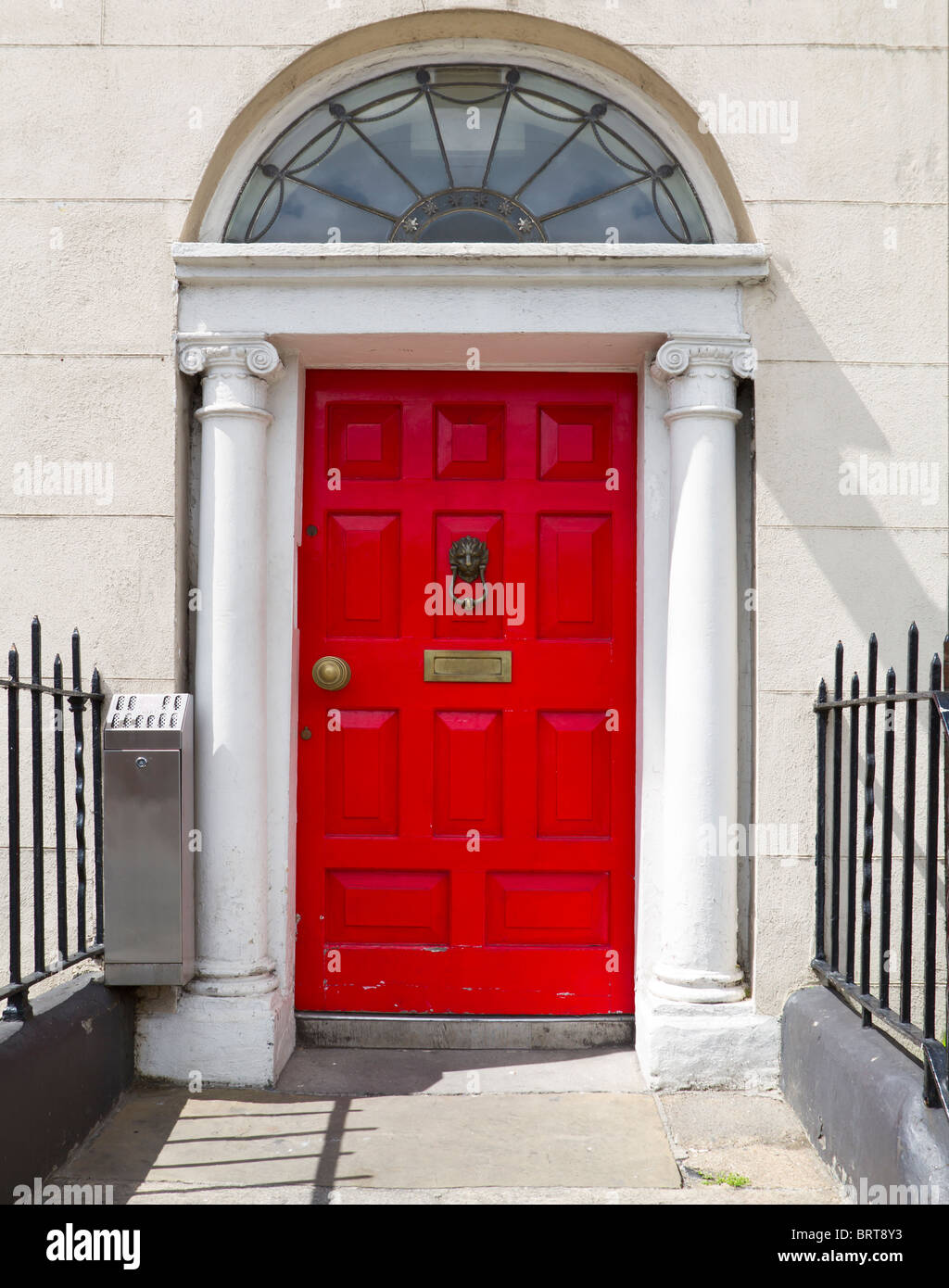 Shot of a classic red georgian Irish door. - Stock Image & Red Door House Entrance Ireland Stock Photos u0026 Red Door House ...