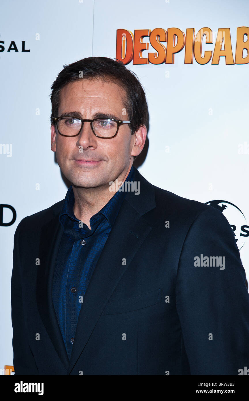 Steve Carell attends the UK Premiere of Despicable Me at The Empire Leicester Square, London, 11 October 2010. Picture - Stock Image
