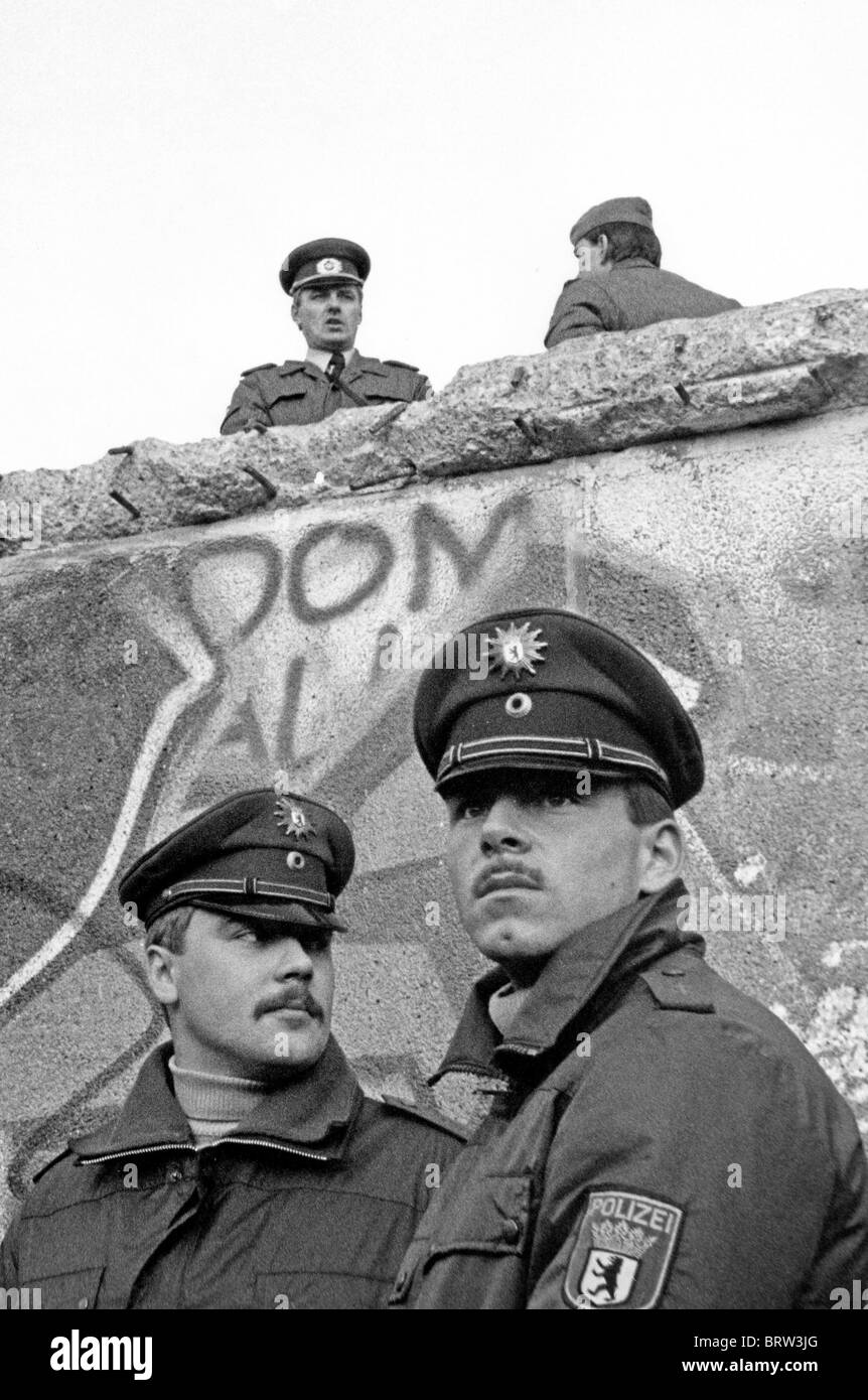 Fall of the Berlin Wall, Sunday the 12th of November 1989 - Stock Image