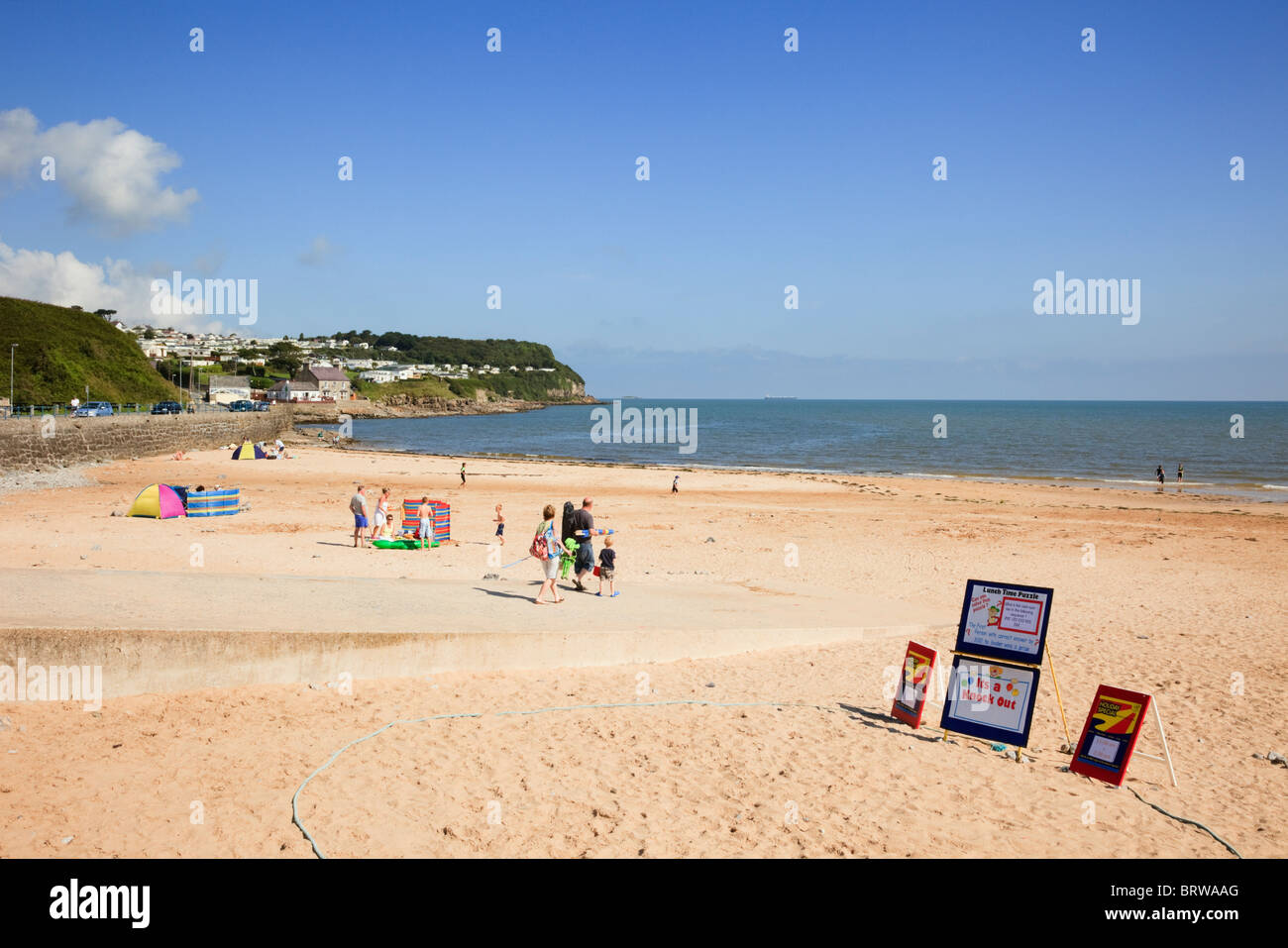 Benllech, Isle of Anglesey, North Wales, UK. Quiet sandy beach in Welsh seaside resort - Stock Image