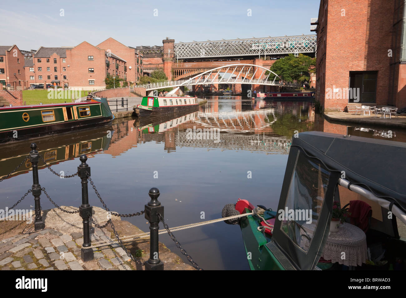 Castlefield, Manchester, England, UK, Europe. Narrowboats in the Bridgewater Canal basin in Urban Heritage Park. Stock Photo