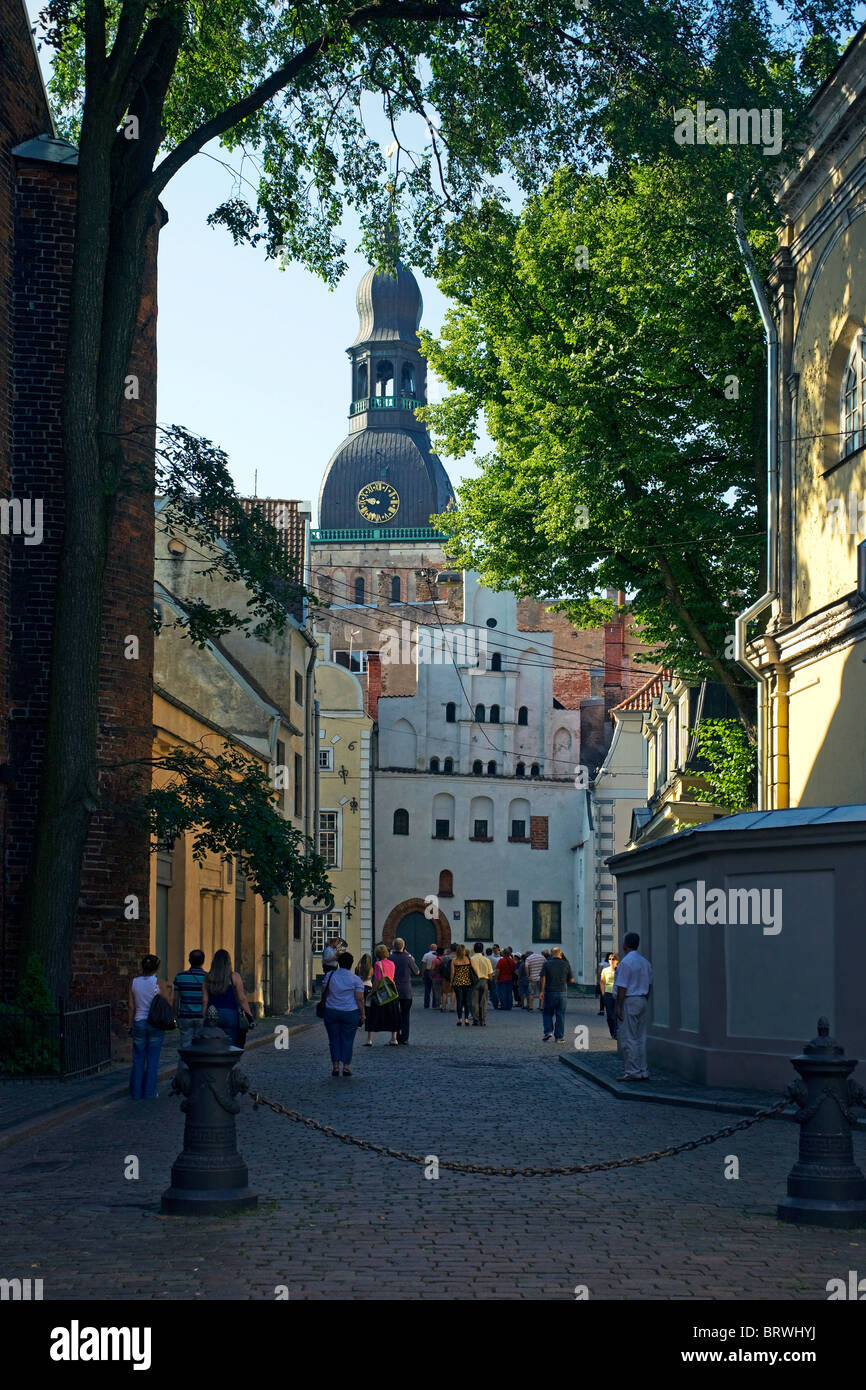 Riga 17 Maza Pils iela Dome Cathedral medieval house - Stock Image