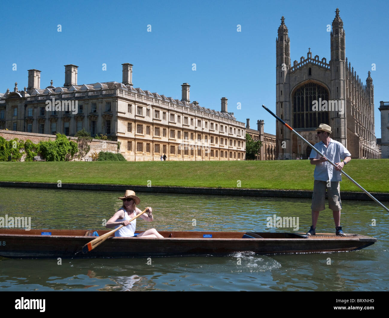 Punters on River Cam passing Kings College, Cambridge University May 2010 - Stock Image