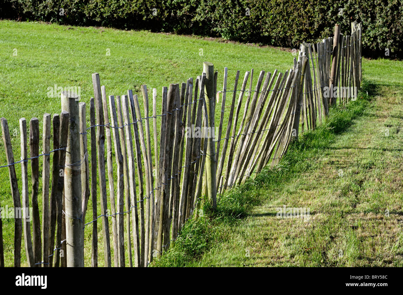 Wooden Picket Fence Rustic Traditional Look Looking Feel