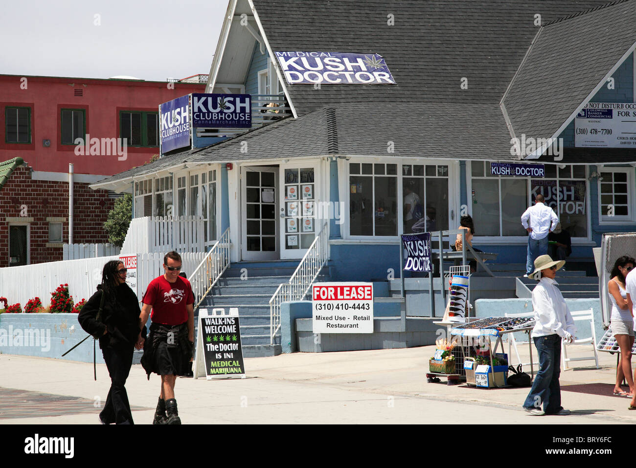 Kush doctor Venice Beach California - Stock Image