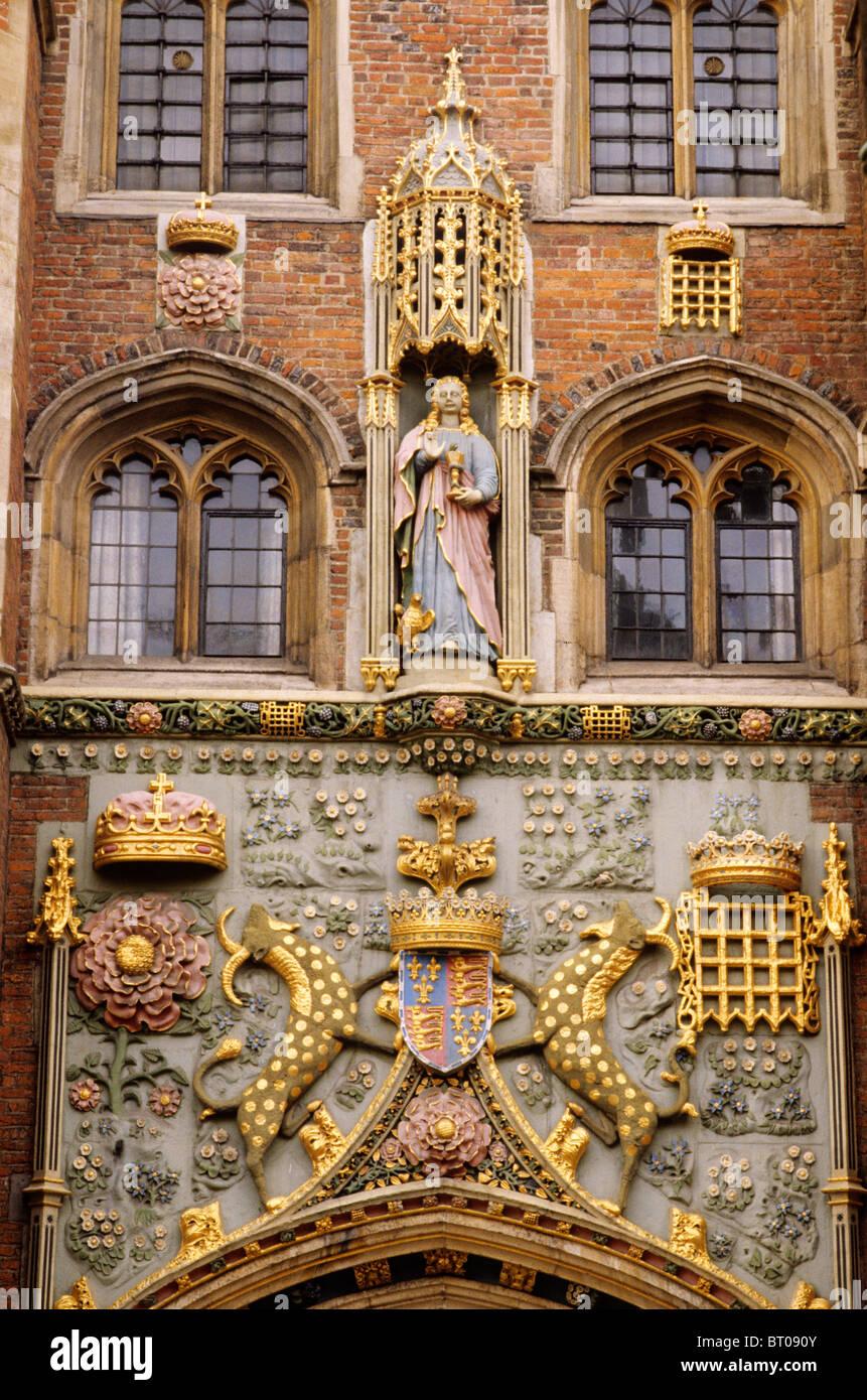 Cambridge, St. John's College gatehouse, arms of Lady Margaret Beaufort, statue of St. John, English university - Stock Image