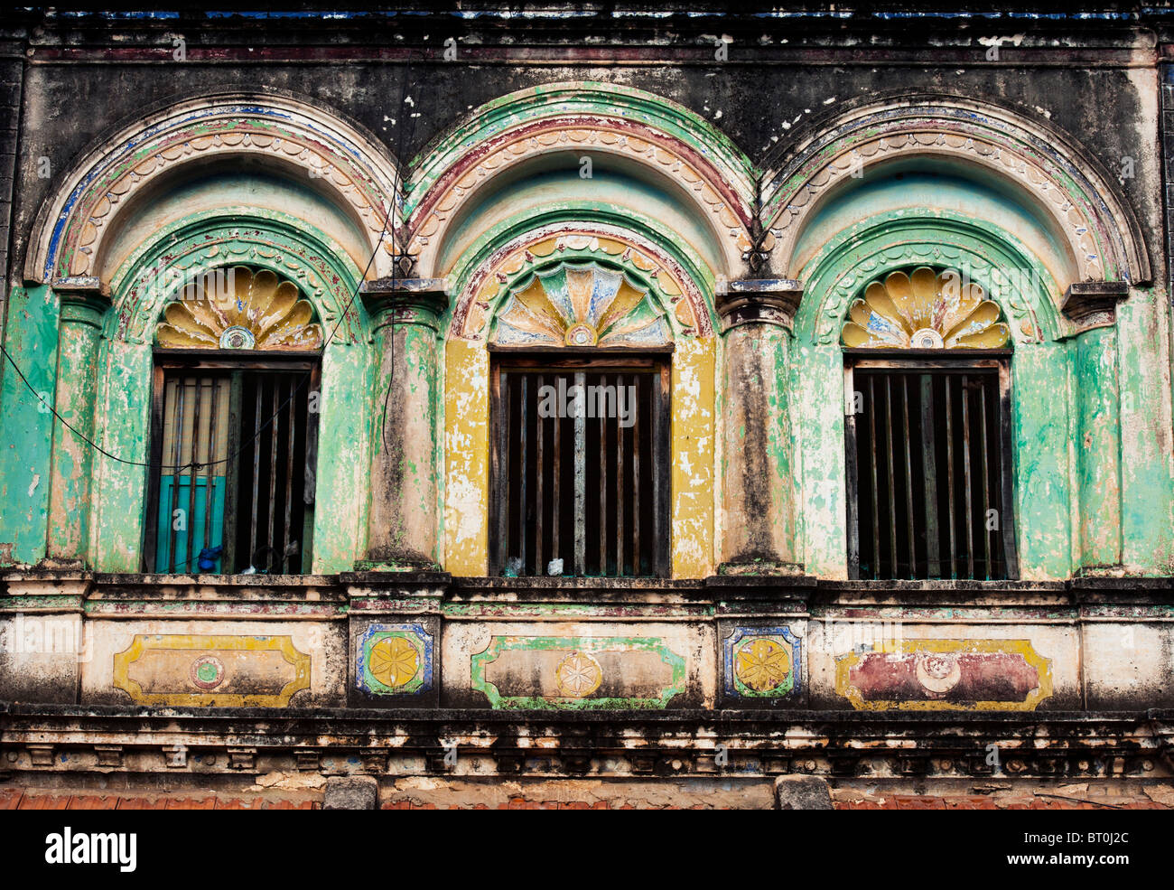 Old south indian house window architecture in kothacheruvu for Old indian house interior