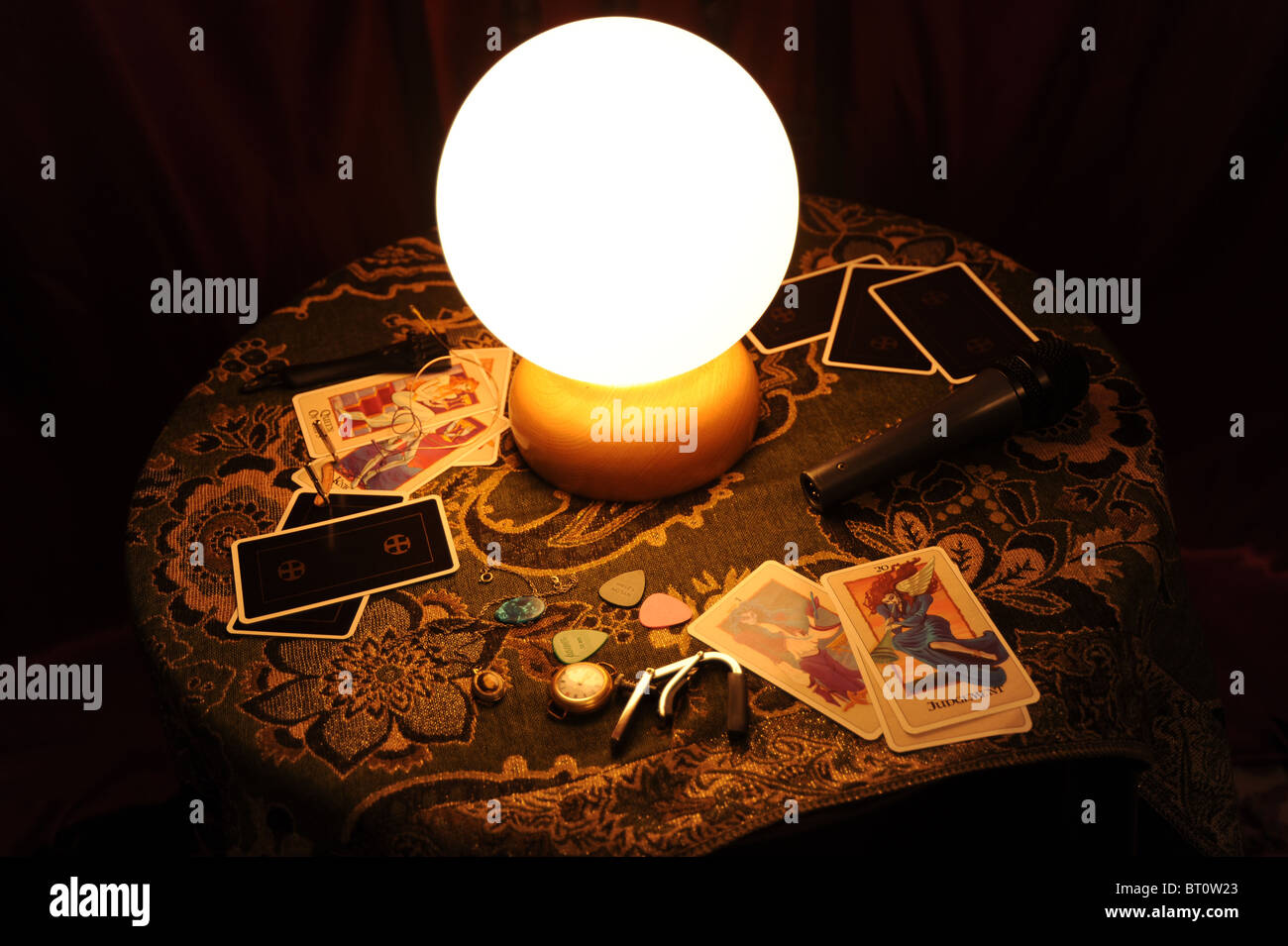 Fortune telling and Tarot cards - Stock Image
