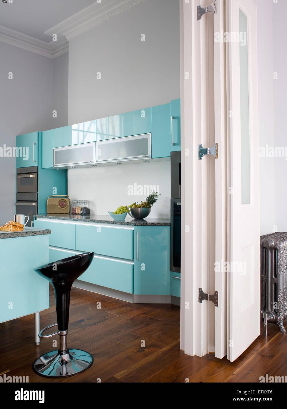 Town Kitchen White Units Turquoise Stock Photos & Town Kitchen White ...