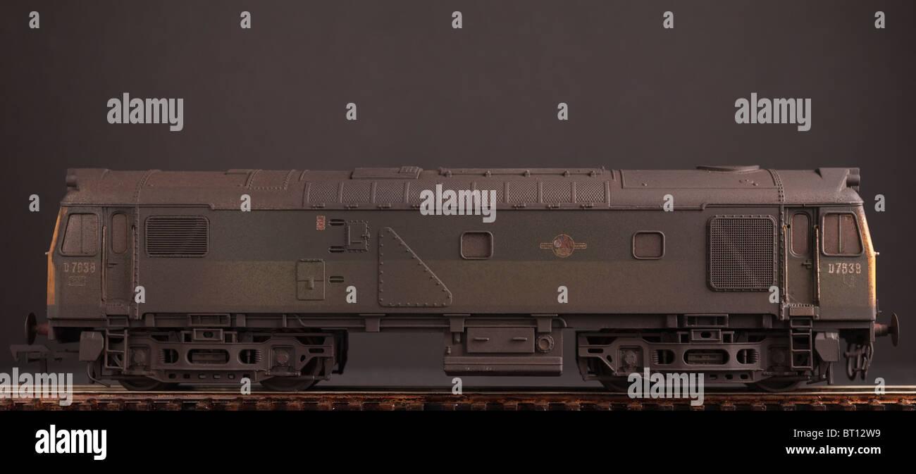 Class 25 Bo Bo Diesel Locomotive, BR Two Tone Green Livery - Stock Image