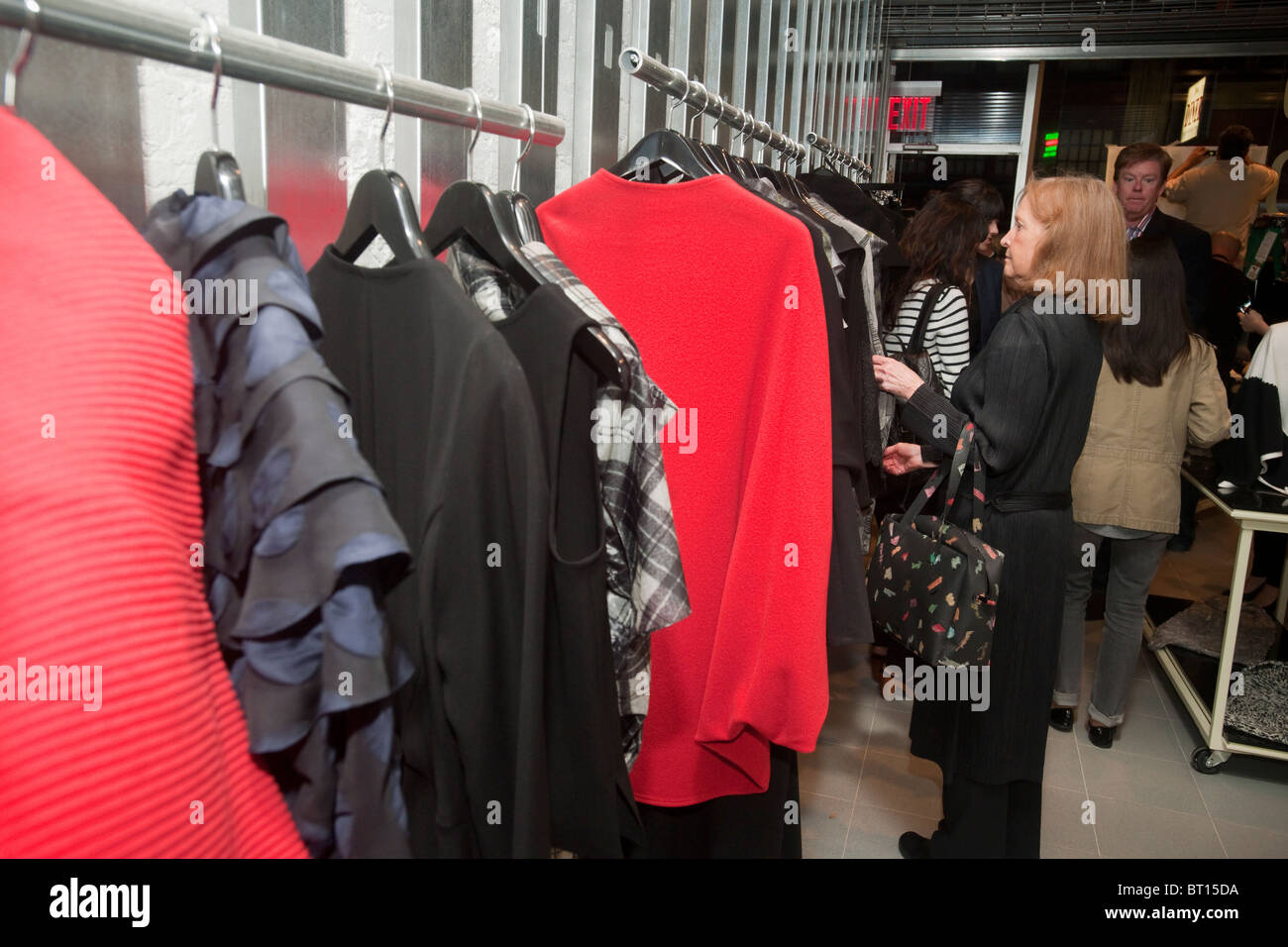 New York Fashion Industry Workers High Resolution Stock Photography And Images Alamy