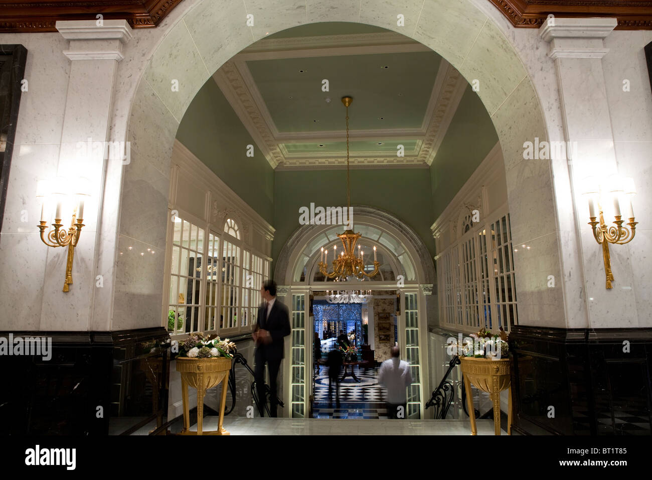 Savoy Hotel in London. Reopened in October 2010 after a complete refurbishment. Photos show the new entrance lobby - Stock Image