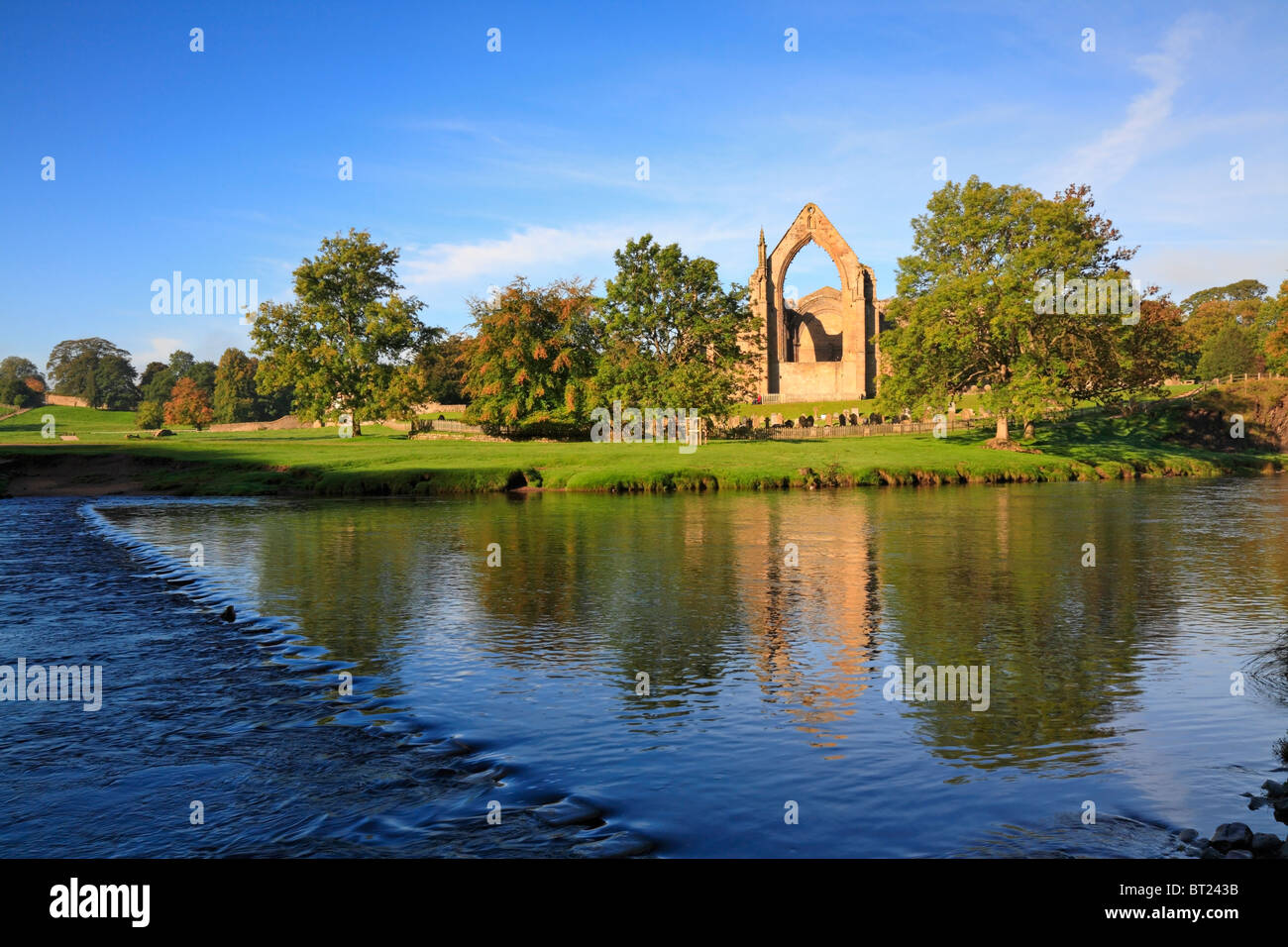 Bolton Priory and Stepping Stones, River Wharfe, Bolton Abbey, Yorkshire Dales National Park, North Yorkshire, England, Stock Photo