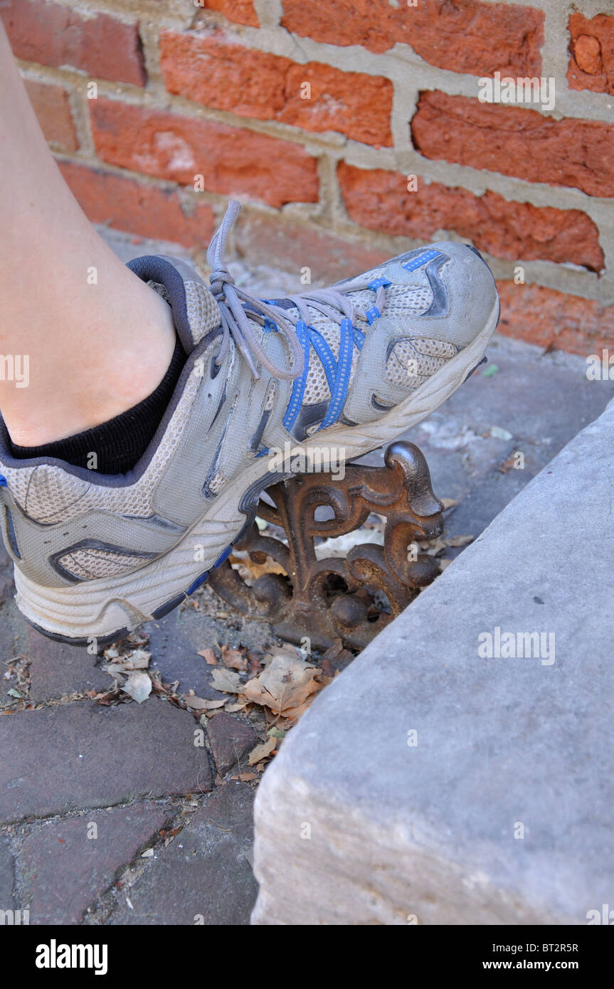 Mud scraper for shoes at old house, Elfreth Alley