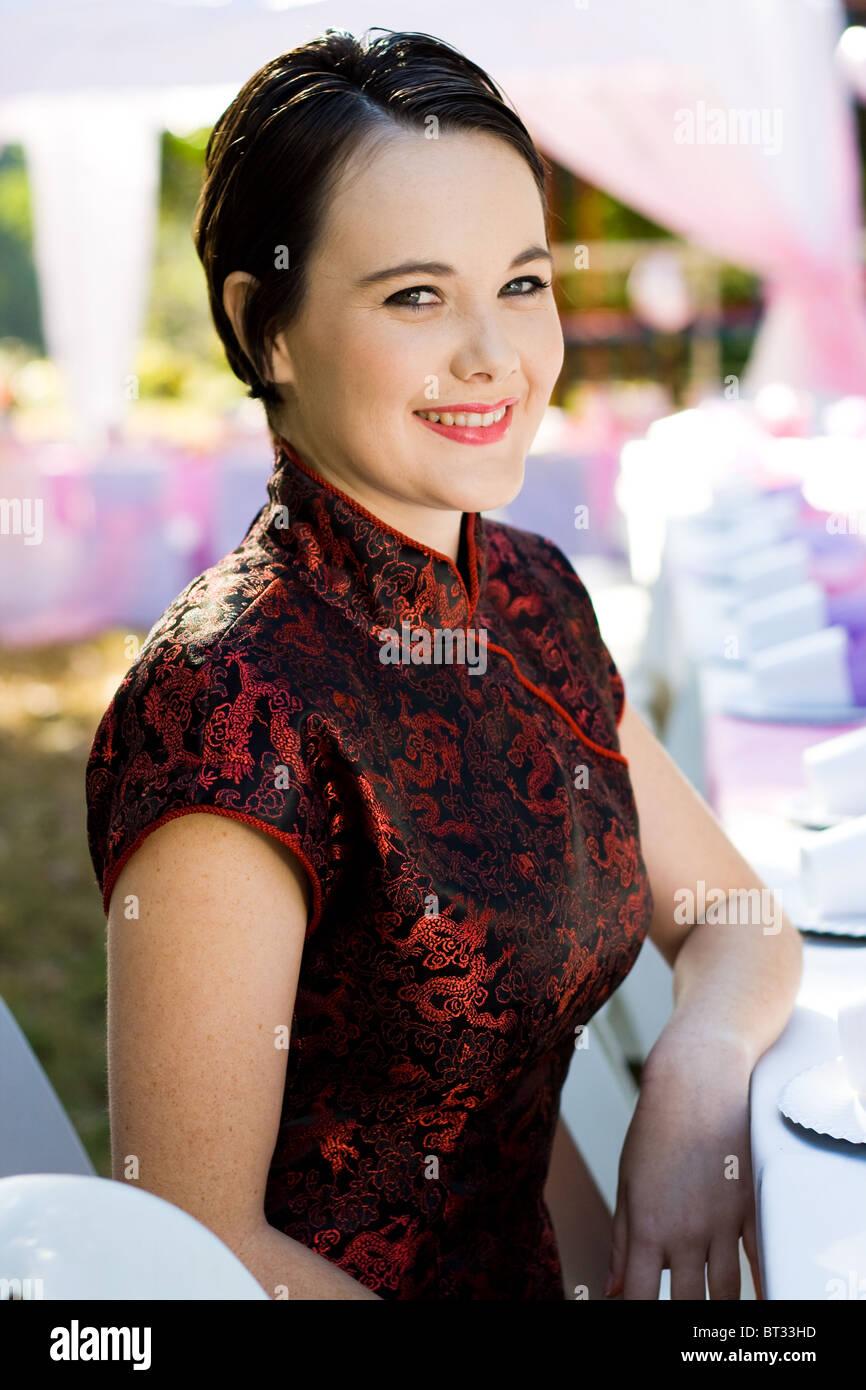3e83b56a5 beautiful young woman in chinese dress Stock Photo: 32030809 - Alamy