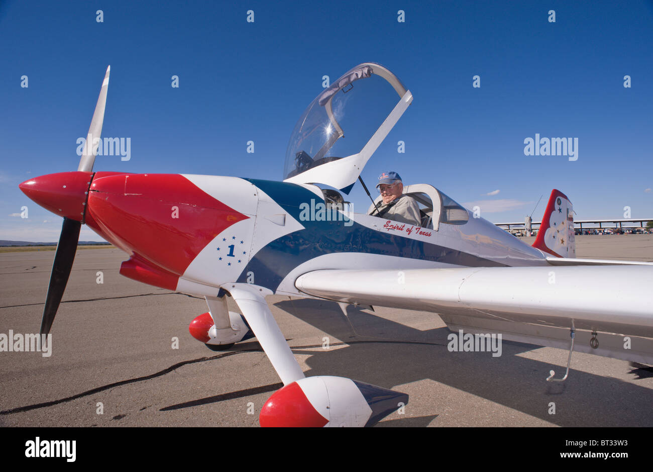 A pilot prepares for takeoff, at the Ruidoso Mountain High Fly In, Ruidoso, New Mexico. - Stock Image