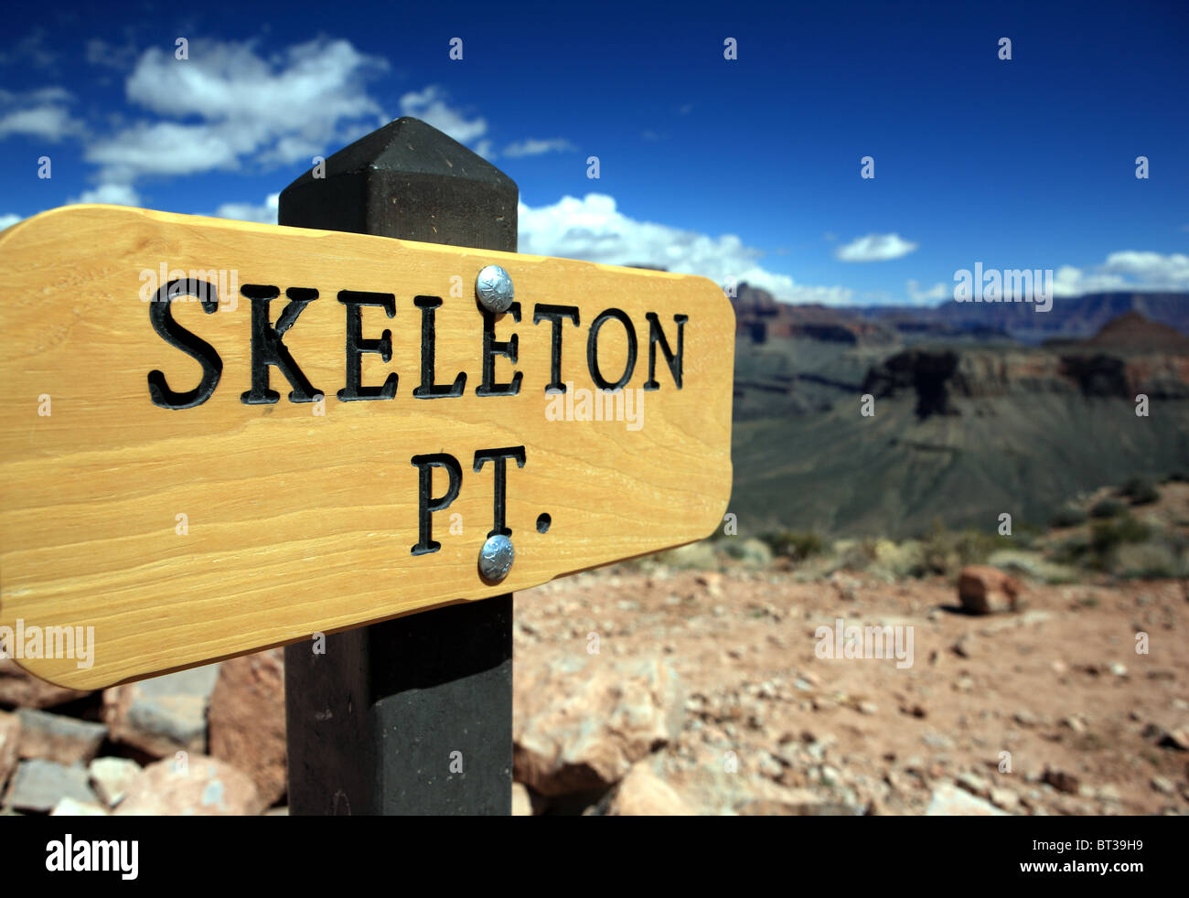 Skeleton Point sign on the Kaibab Trail in the Grand Canyon - Stock Image