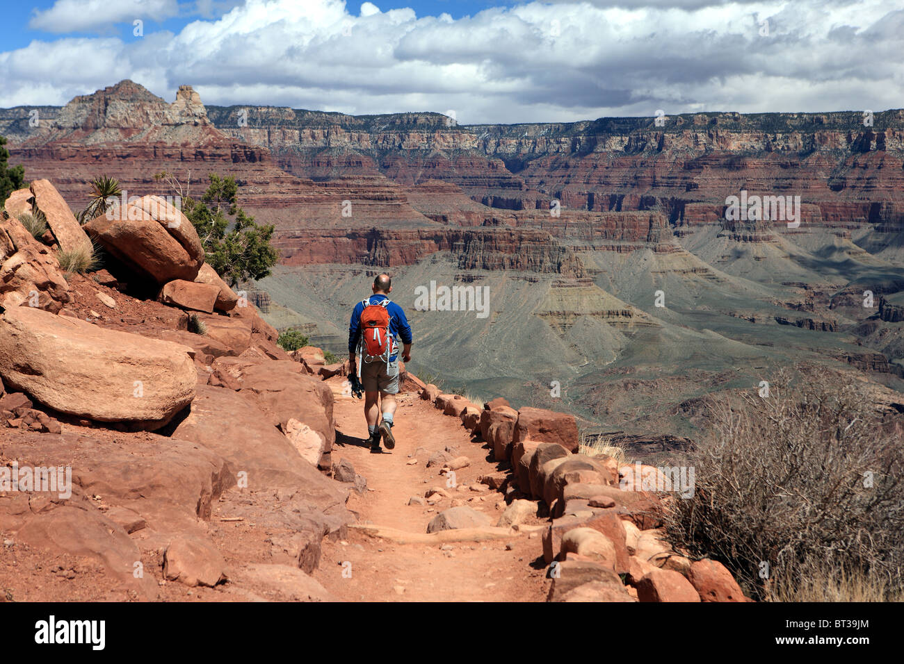 Walker on the Kaibab Trail in the Grand Canyon - Stock Image