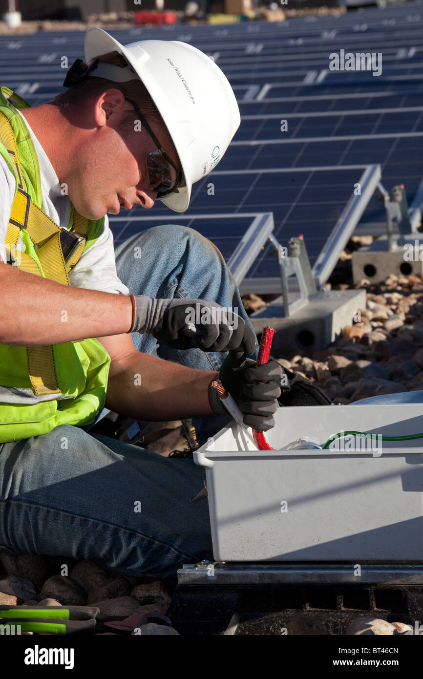 Panel Wiring Jobs Near Denver Great Installation Of Diagram Electrical Colorado Workers Install For Solar Photovoltaic Rh Alamy Com Security Wire