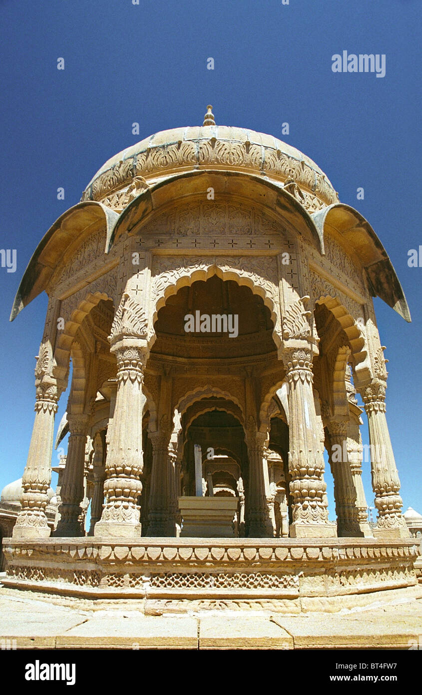 Indian Mughal architecture in The Desert fort Jaisalmer, Rajasthan India. Bada Bagh Chhatries Paliwal Mughal Rajput - Stock Image