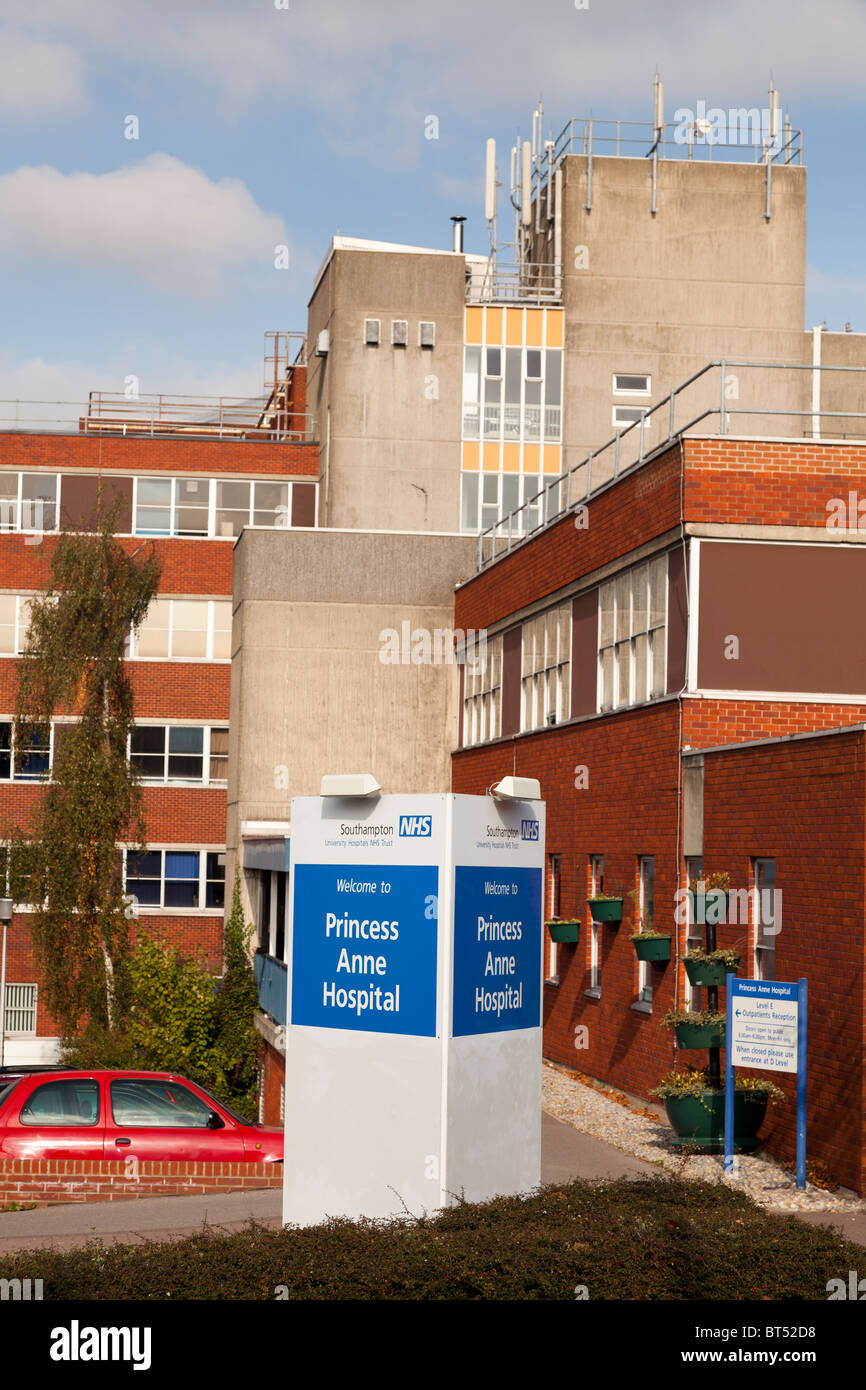 Exterior of Princess Anne Hospital Southampton - Stock Image