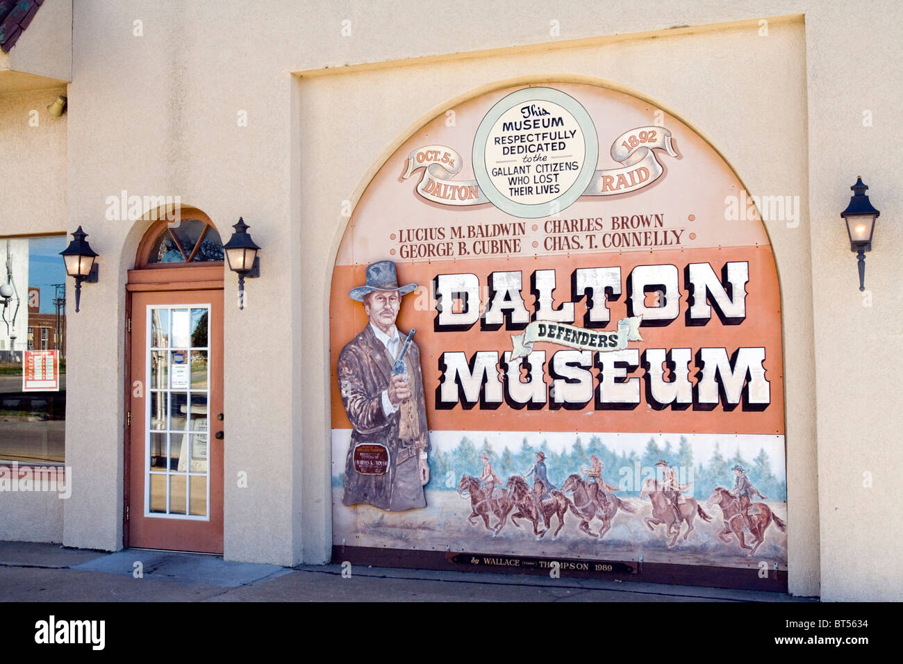 The Dalton Defenders Museum chronicles Coffeyville, Kansas most famous event, the Dalton Gang robbing two banks. - Stock Image