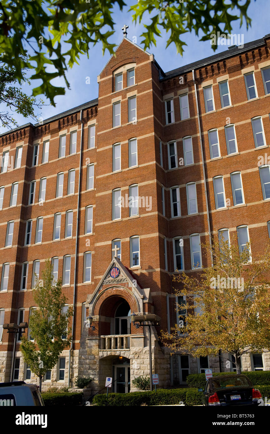 'Old Main' administration building, Duquesne University. Pittsburgh, Pennsylvania - Stock Image