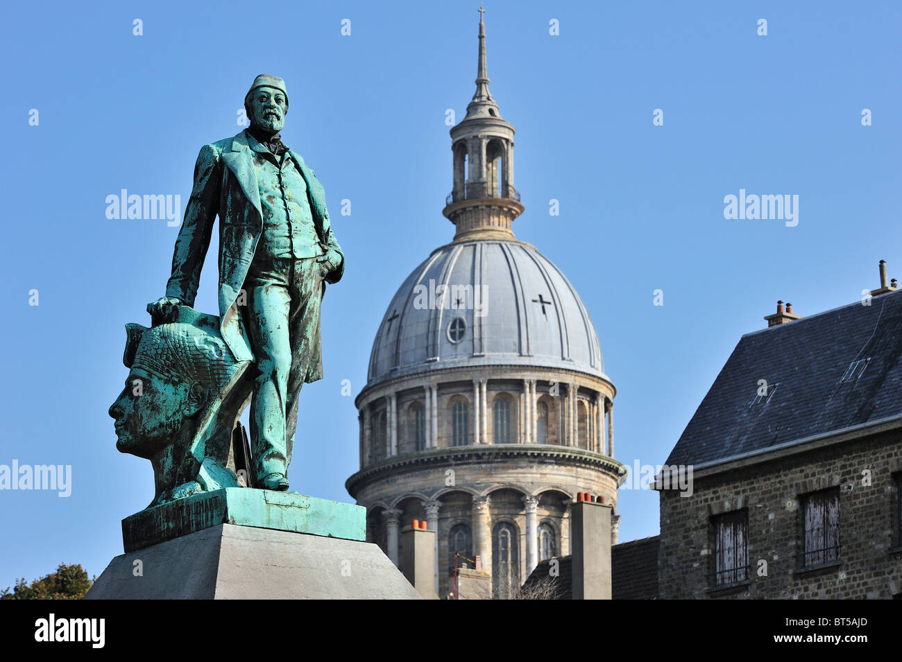 Statue of Auguste Mariette, archaeologist, Egyptologist and founder of the Egyptian Museum in Cairo, Boulogne-sur - Stock Image