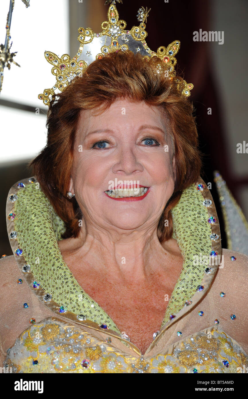 Cilla Black dressed as the fairy godmother from the pantomime Cinderella - Stock Image