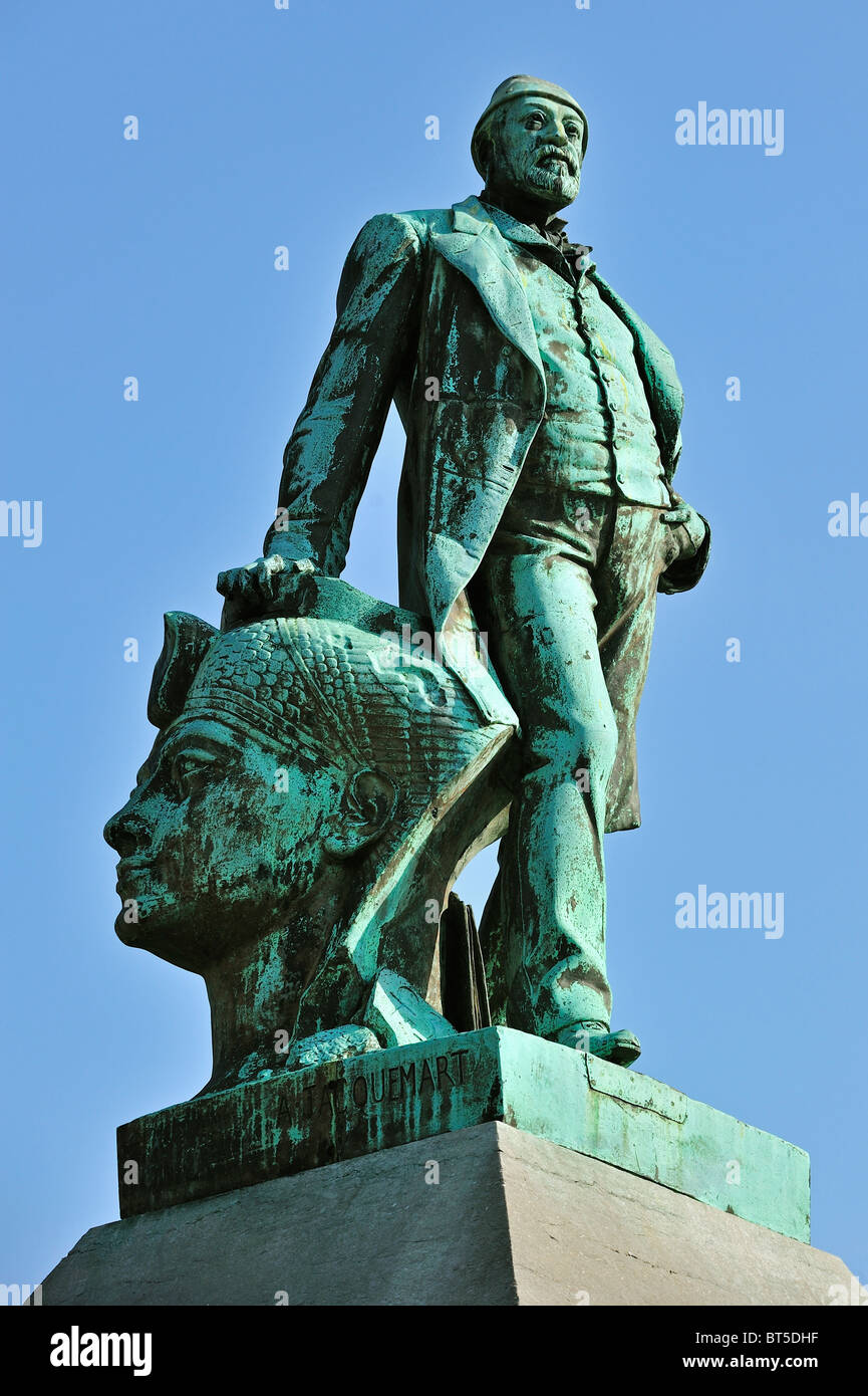 Statue of Auguste Mariette, archaeologist, Egyptologist and the founder of the Egyptian Museum in Cairo, Boulogne - Stock Image