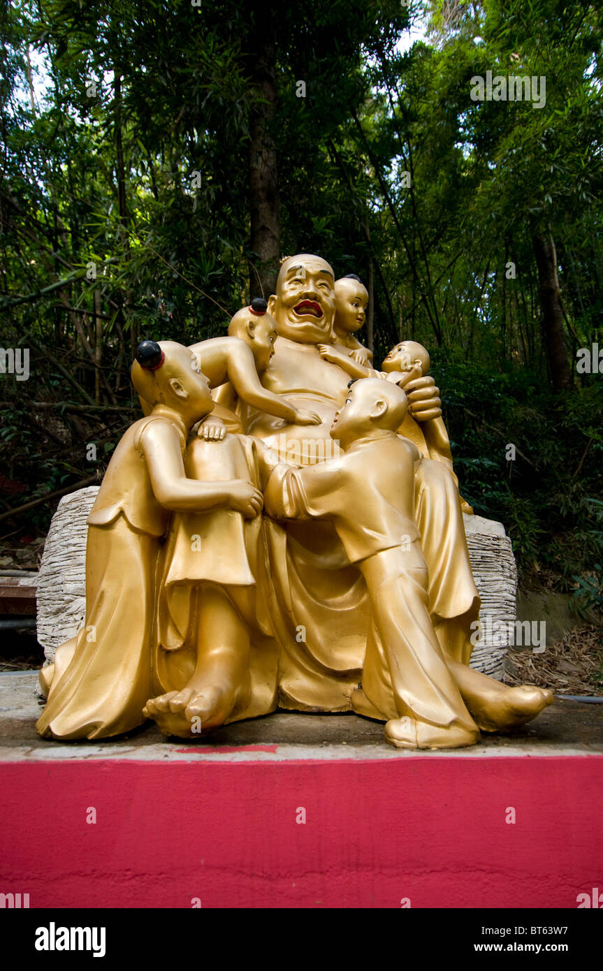 ten thousand buddhas pagoda temple 10000 10 000 Monastery Man Fat Tsz Sha Tin, Hong Kong. 220 Pai Tau Village - Stock Image