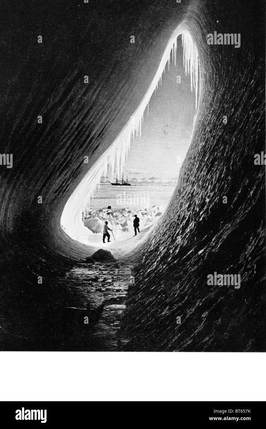 expedition ship antarctic barrier ice Grotto berg Terra Nova Taylor Wright scott - Stock Image