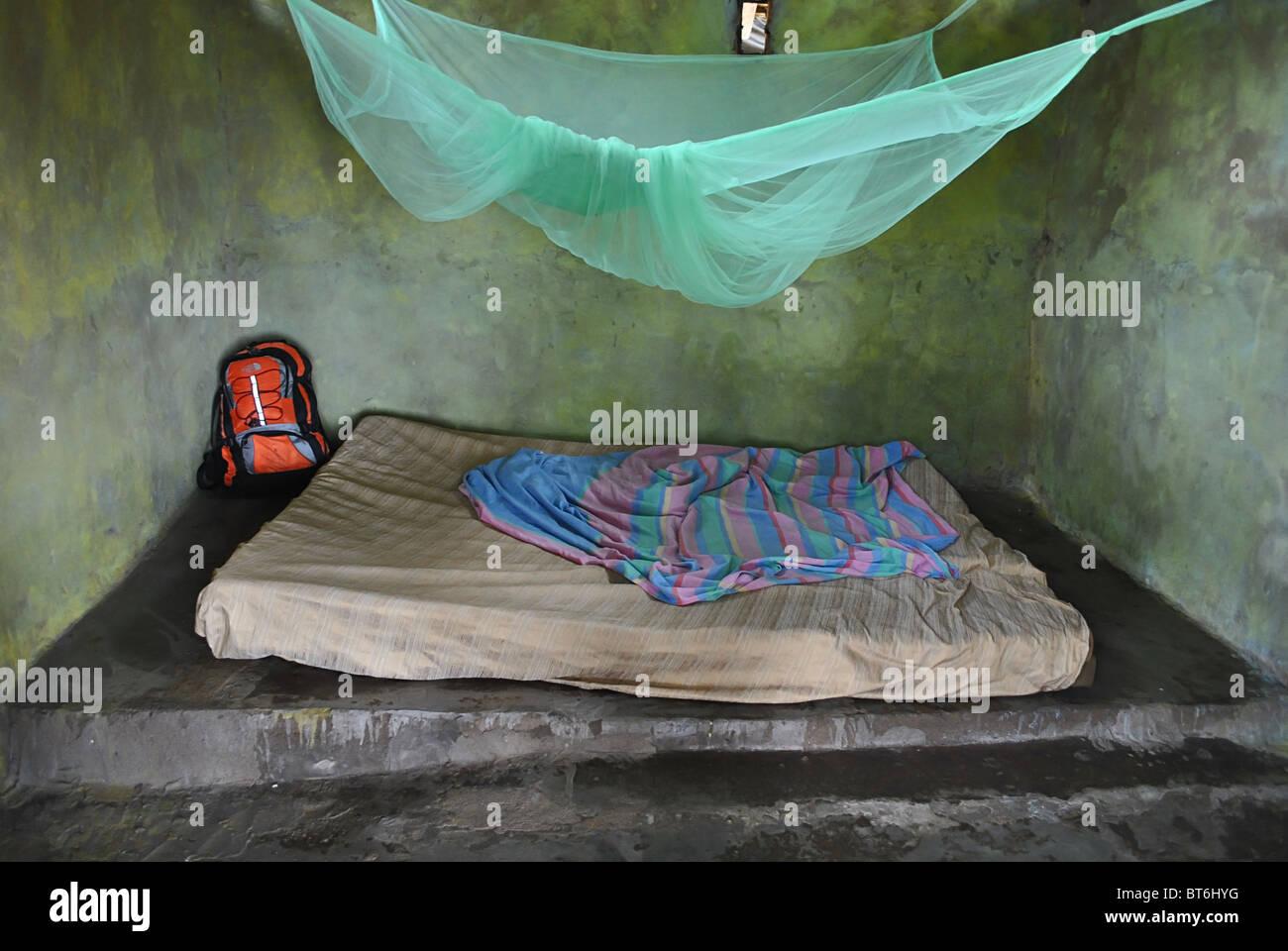 Basic guest house accommodation near Sassandra, Ivory Coast, West Africa - Stock Image