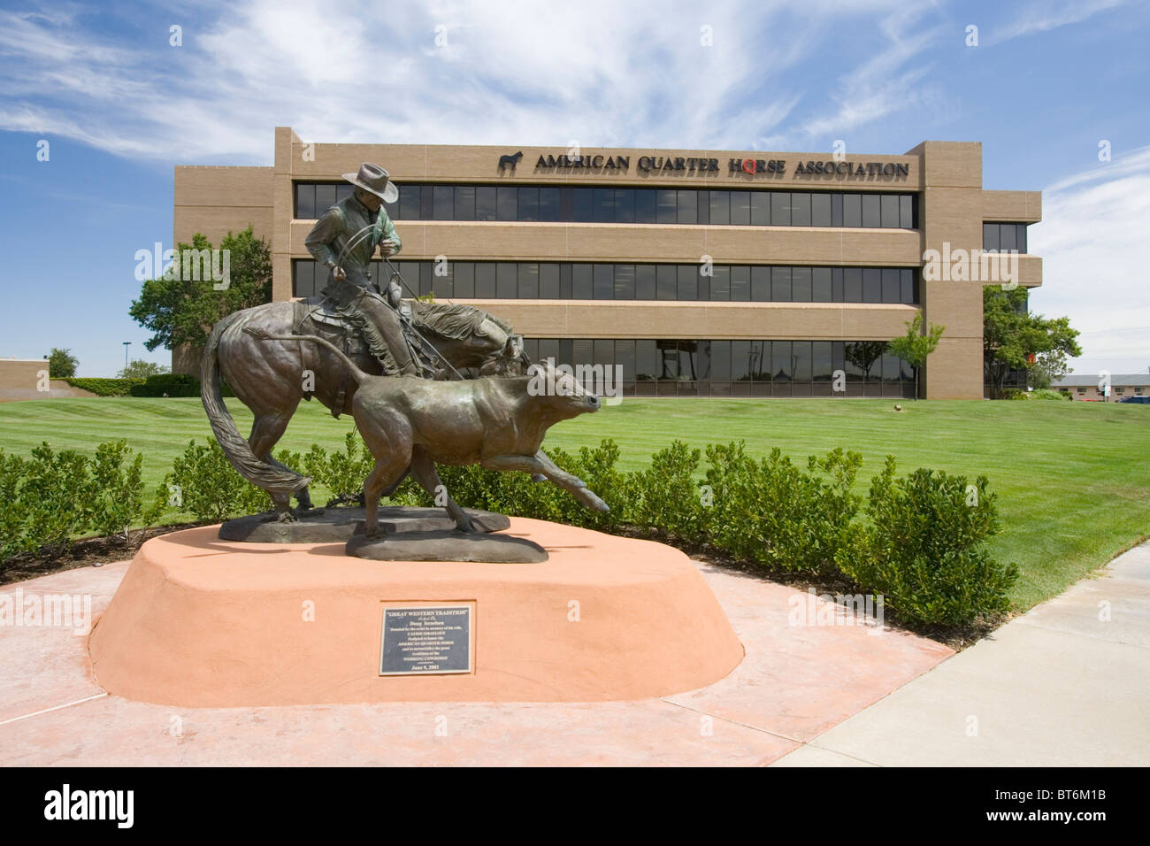 The newly renovated (2007) American Quarter Horse Hall of Fame & Museum in Amarillo, Texas. - Stock Image