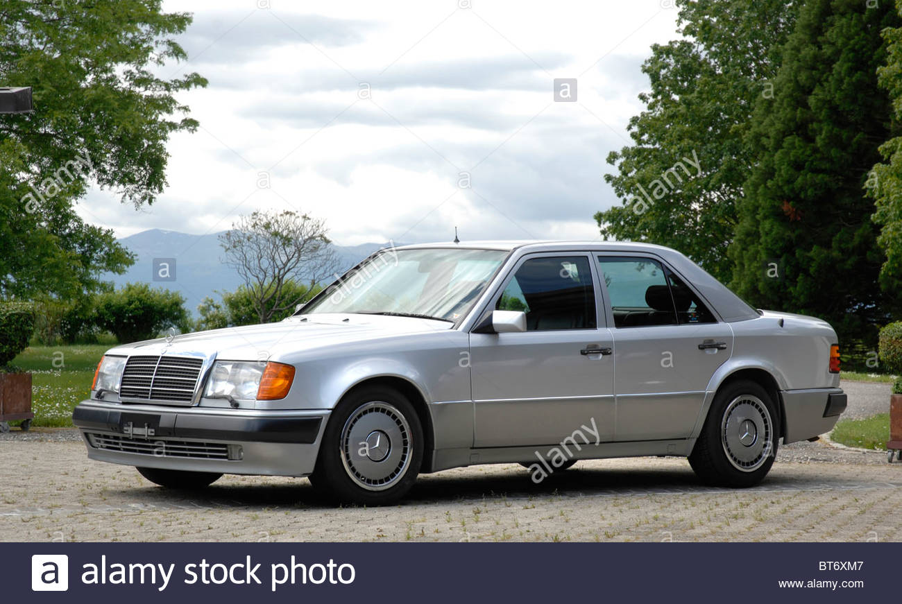 Mercedes Stock Photos Images Alamy Benz 230ce Fuel Filter 500e 1990 Image