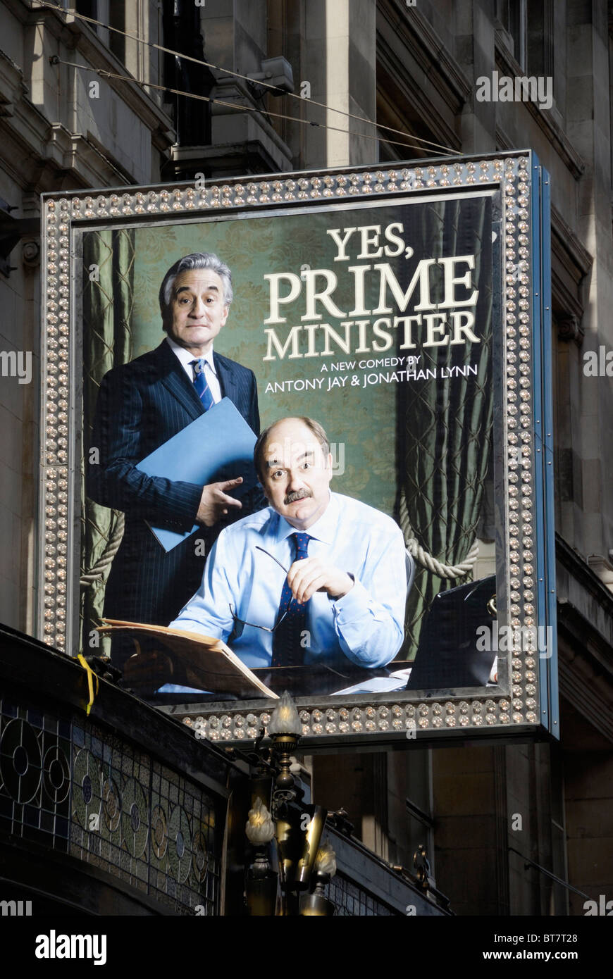 Billboard promoting the London West End stage version of Yes Prime Minister - Stock Image