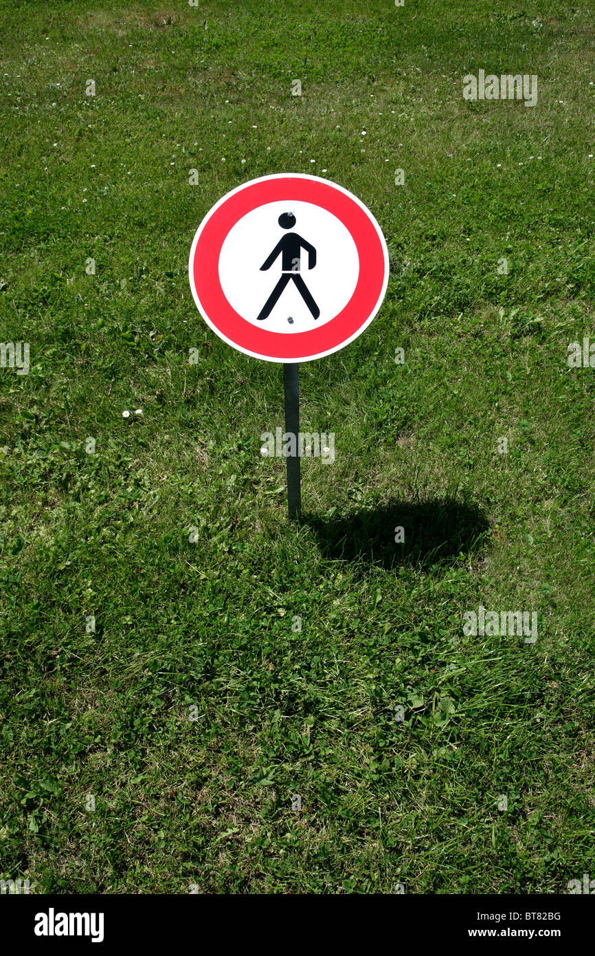 Sign, keep off the lawn, in Luxembourg, Europe - Stock Image