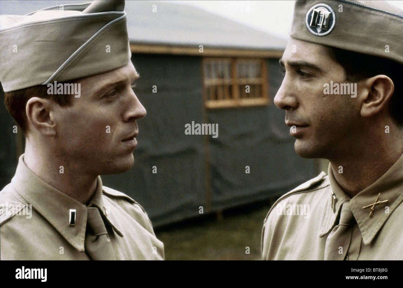 DAMIAN LEWIS & DAVID SCHWIMMER BAND OF BROTHERS (2001) - Stock Image