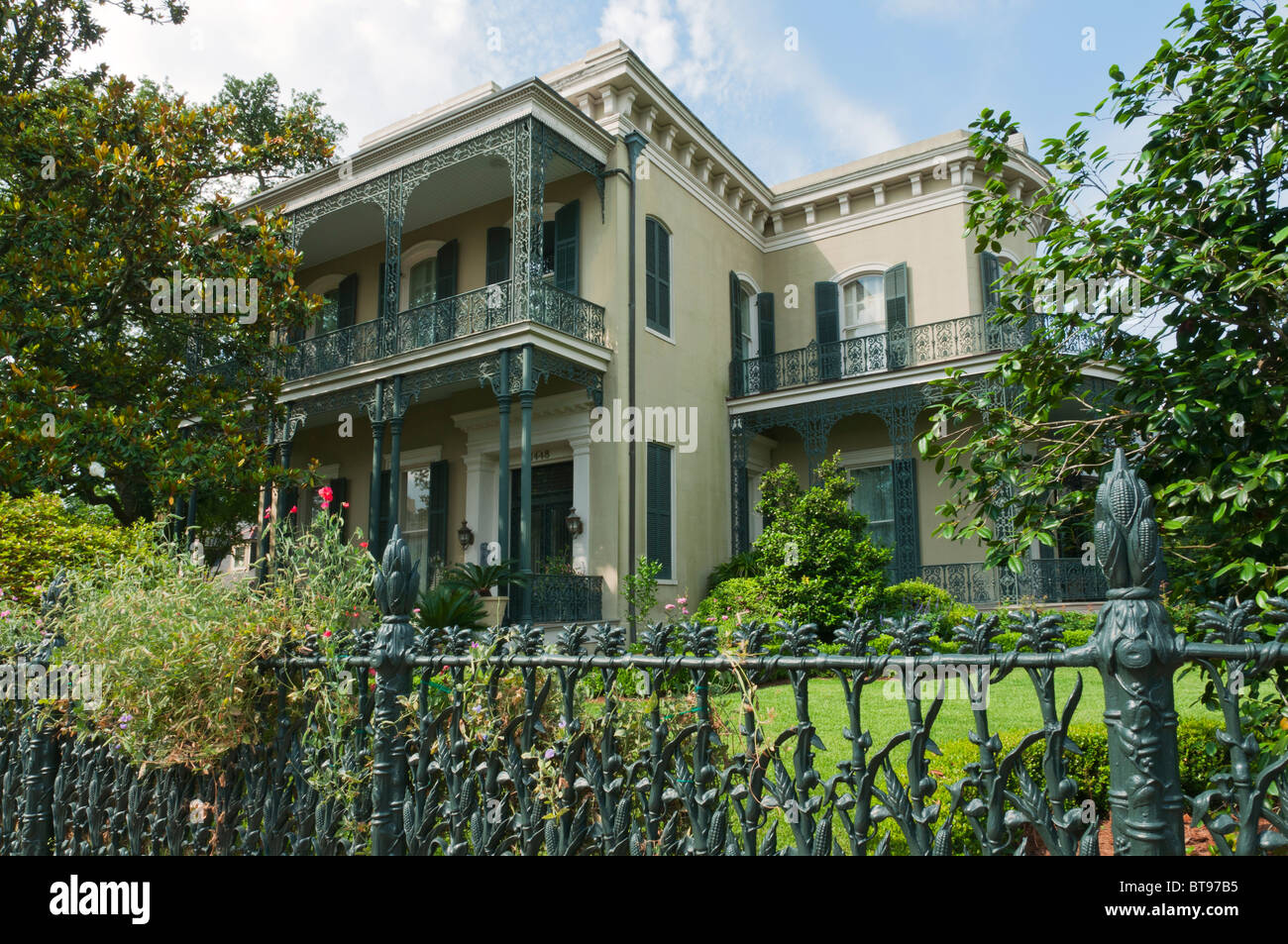 Louisiana New Orleans Garden District Colonel Short 39 S Villa Stock Photo 32165481 Alamy
