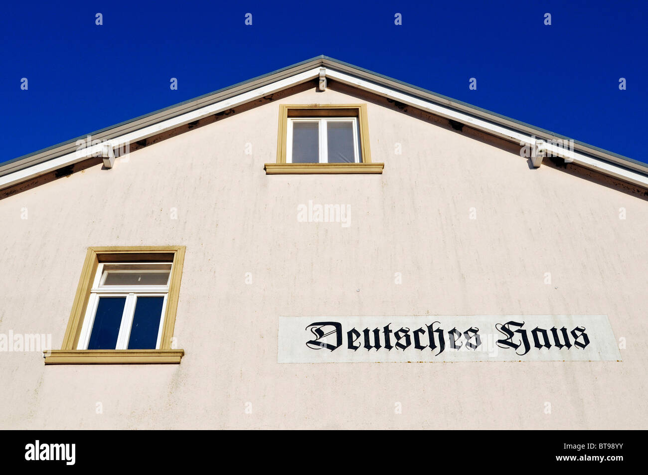 Pension with the inscription 'Deutsches Haus', 'German house', Lohme village, Jasmund peninsula, - Stock Image