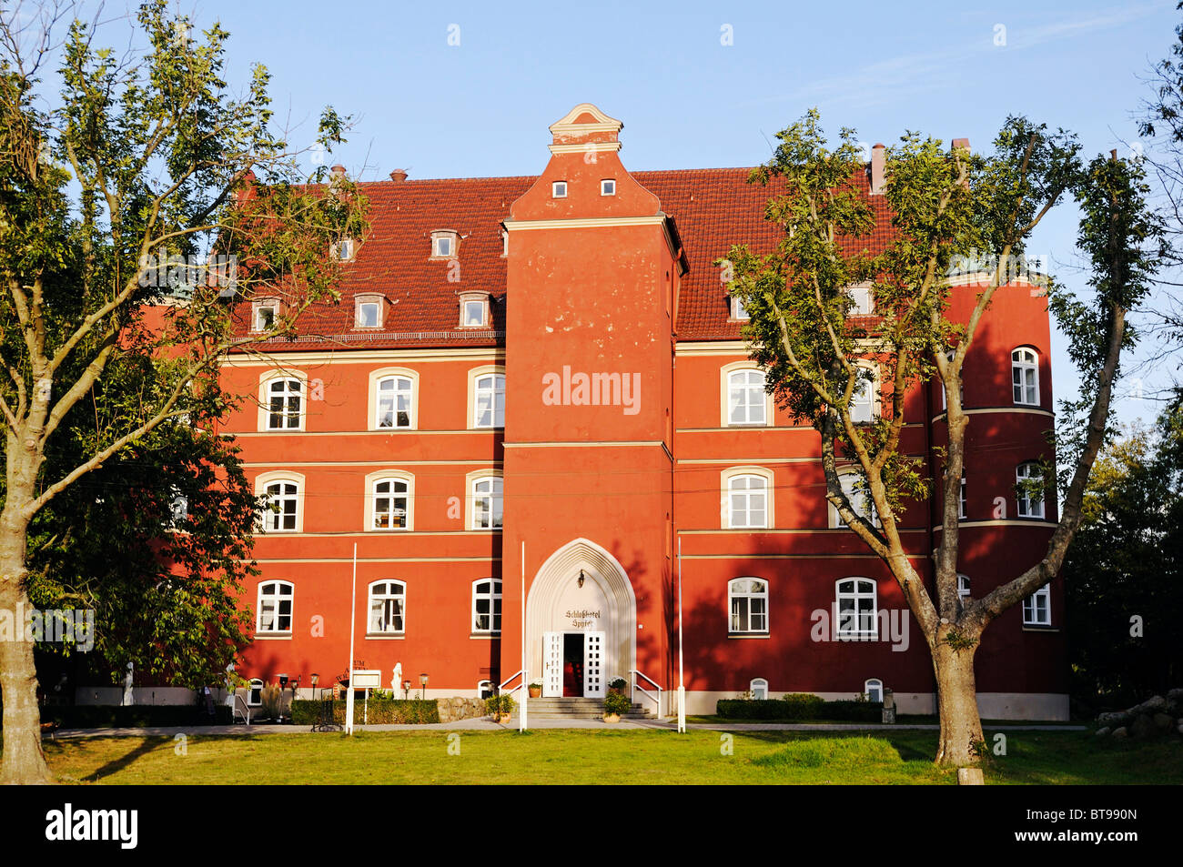 Hotel Schloss Spyker, Renaissance-style, Bobbin village, Jasmund peninsula, Ruegen Island, Mecklenburg-Western Pomerania - Stock Image