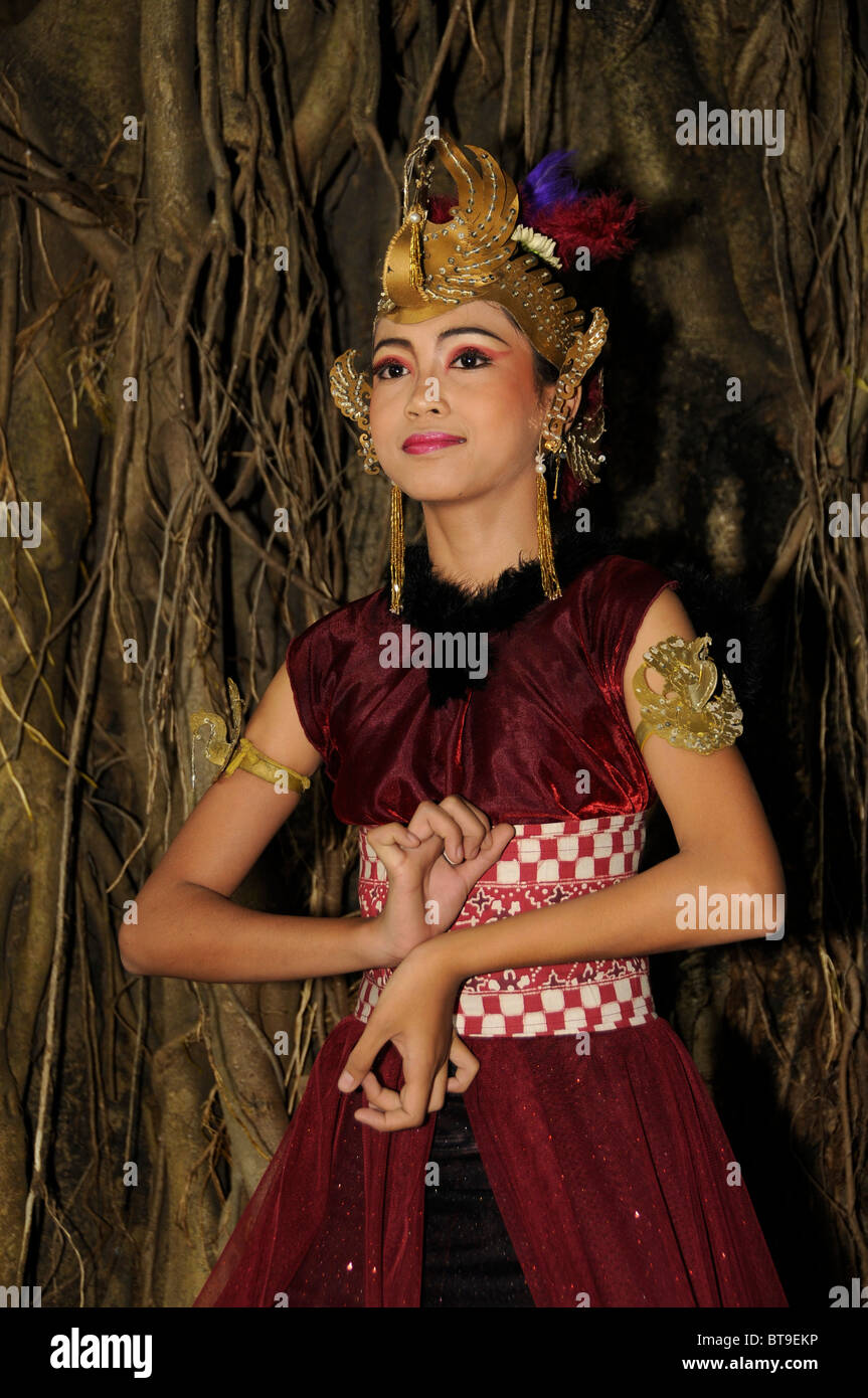 Student at a student performance of a traditional Javanese dance theater piece, Ramayama, Yogyakarta, Java, Indonesia Stock Photo