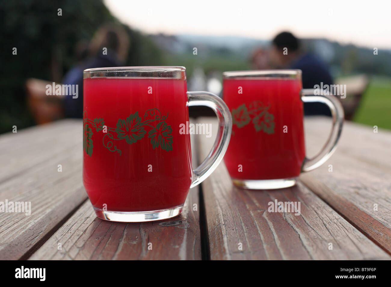 Two glasses of Schilcher Sturm, must wine, Buschenschank, local tavern, Styria, Austria, Europe - Stock Image