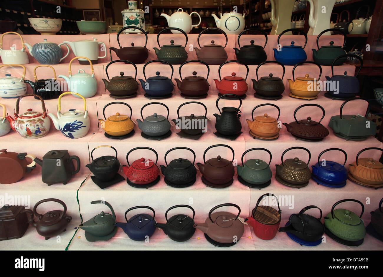 France, Paris, tea shop, teapots, - Stock Image
