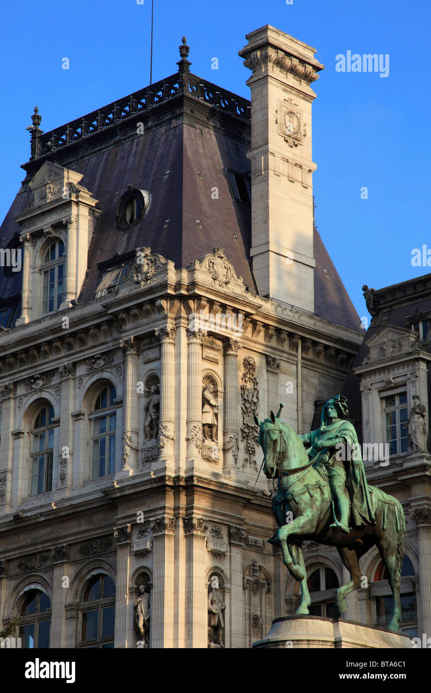 France, Paris, Étienne Marcel statue, Hôtel de Ville, City Hall, - Stock Image