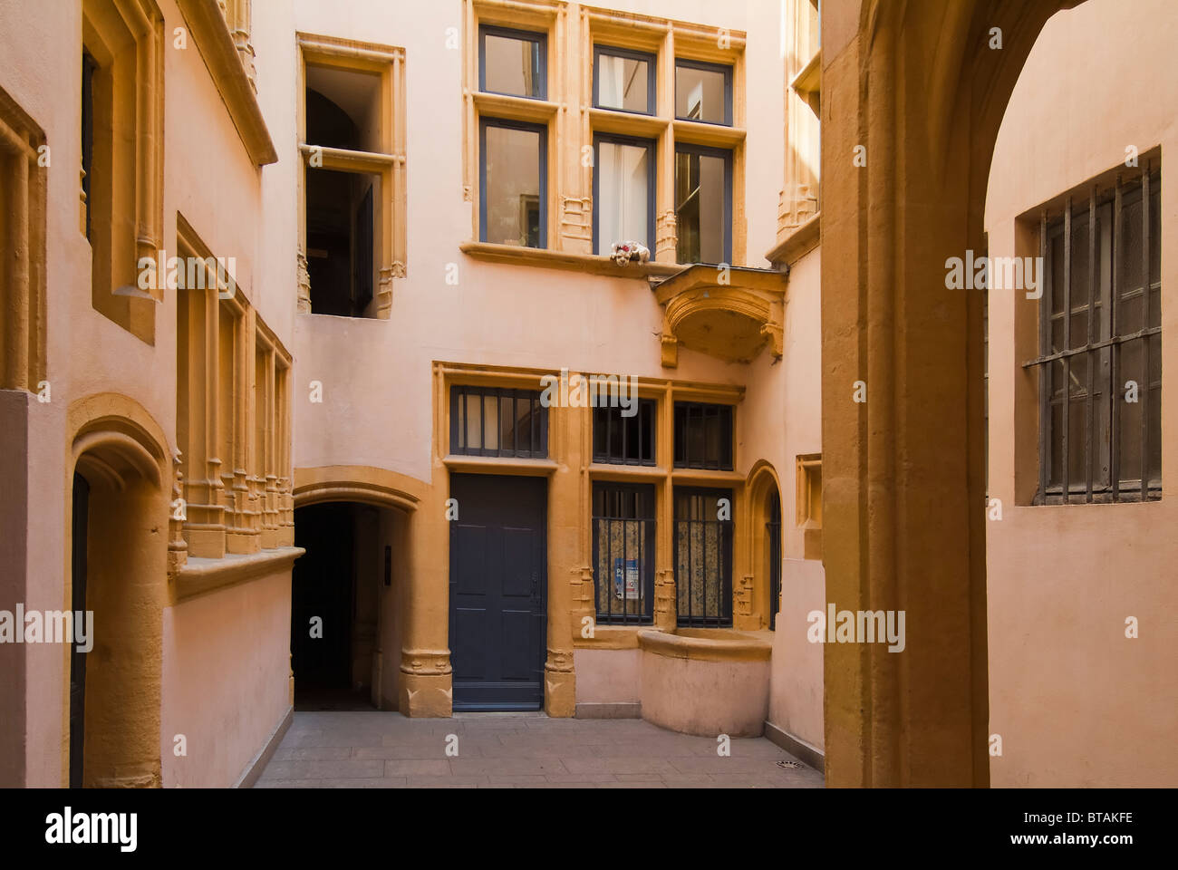 Traboule Hostellerie du Gouvernement, Saint Jean District, Vieux Lyon district, France - Stock Image