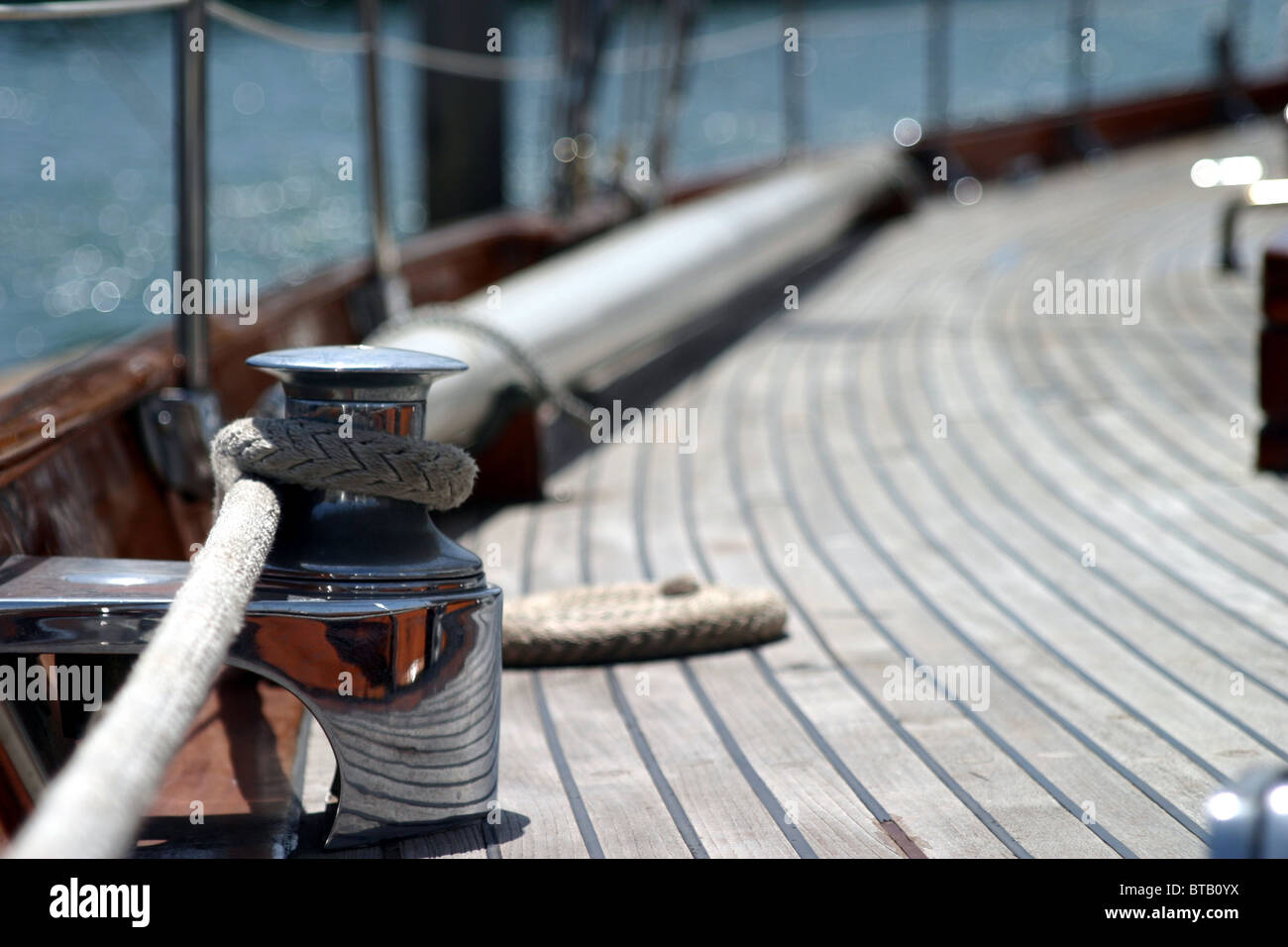 rope on deck - Stock Image