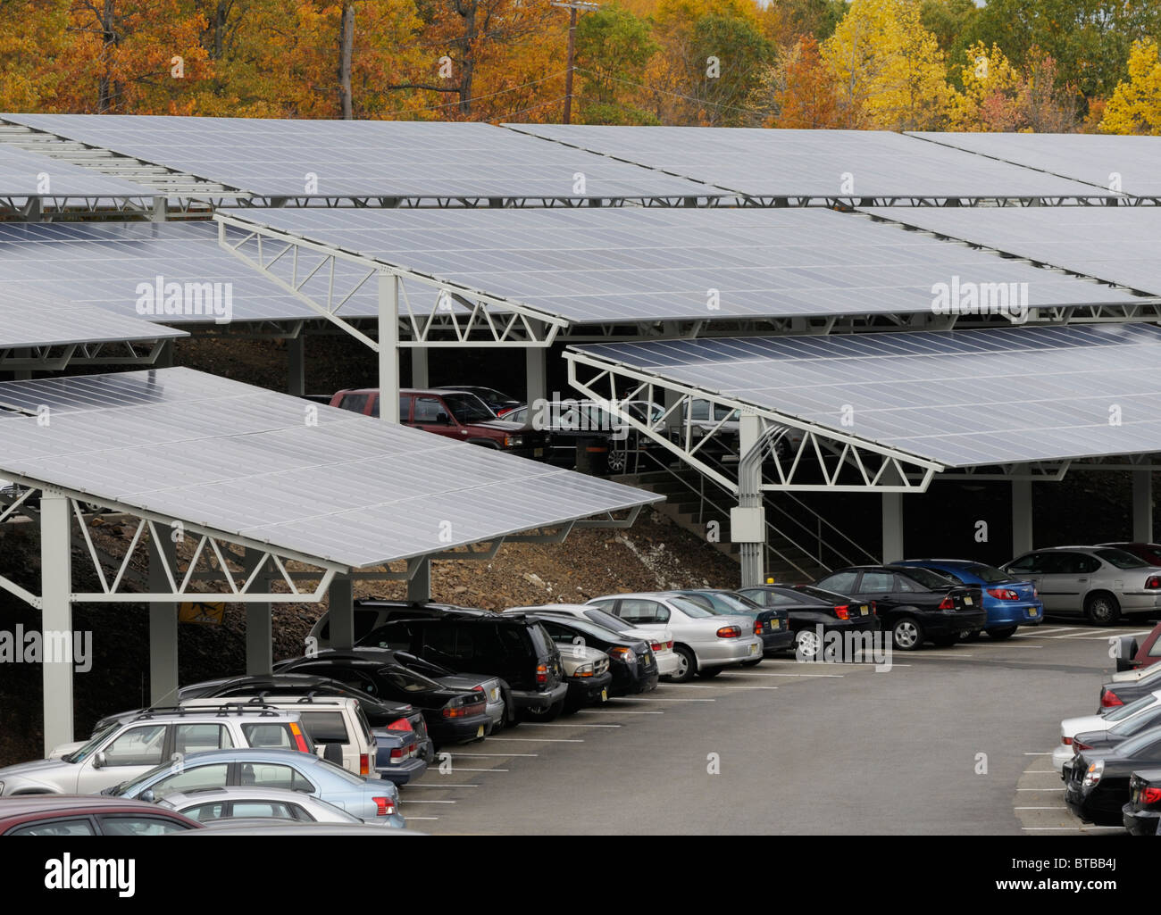 Solar energy array at a university parking lot, William Paterson University, NJ - Stock Image