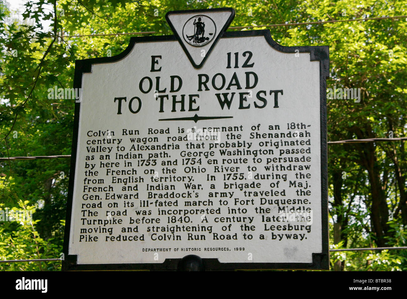 An historical marker sign with information on Colvin Run Road. - Stock Image