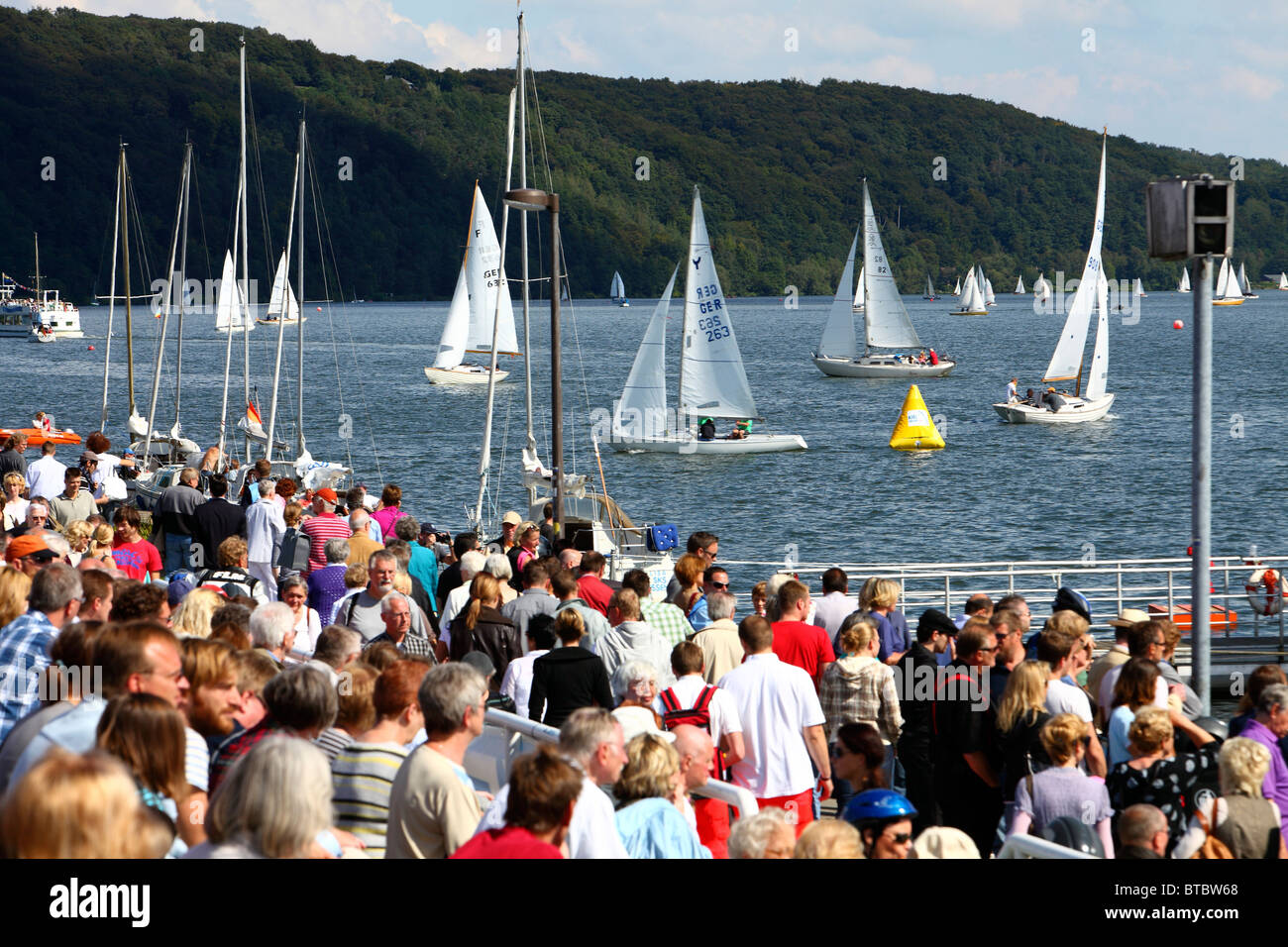 Baldeneysee lake in Essen. Sailing boats on an artificial lake, fed by river Ruhr. Recreational area. - Stock Image
